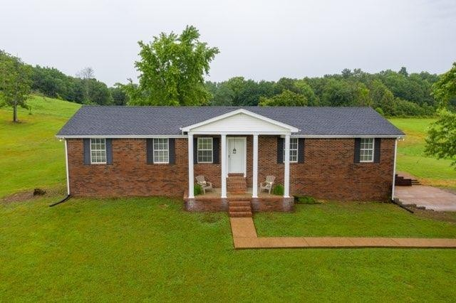420 Henry Harris Rd Property Photo - Westmoreland, TN real estate listing