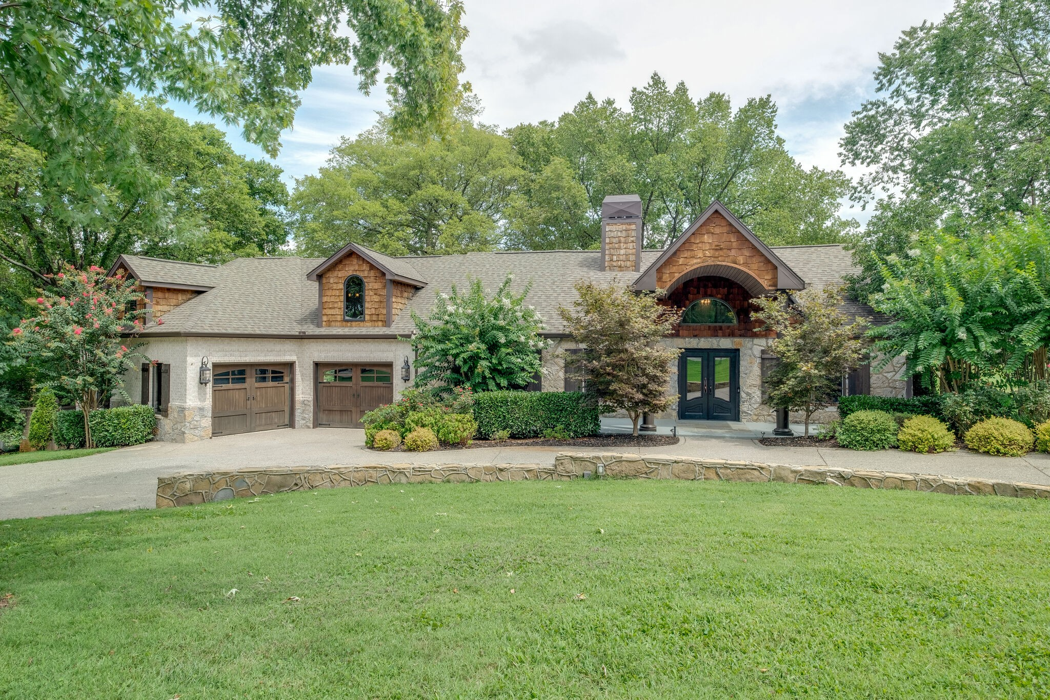 3223 Lakeshore Dr Property Photo - Old Hickory, TN real estate listing
