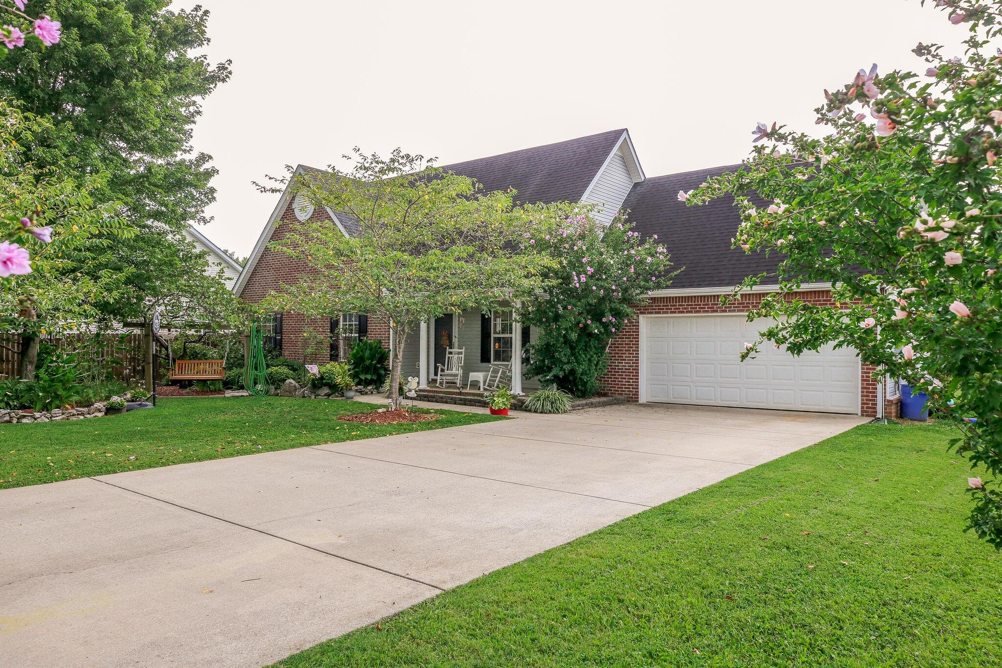 1131 Thompson Farms Street Property Photo - Lascassas, TN real estate listing