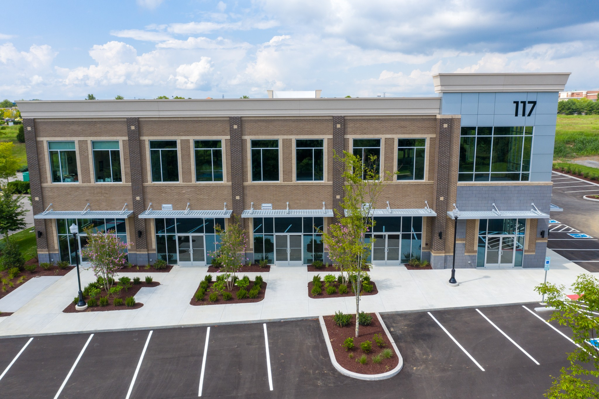 117 Saundersville Rd Property Photo - Hendersonville, TN real estate listing