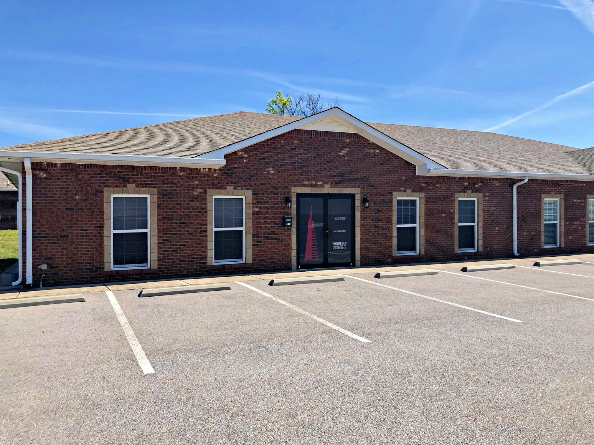 121 Hatcher Ln Property Photo - Clarksville, TN real estate listing