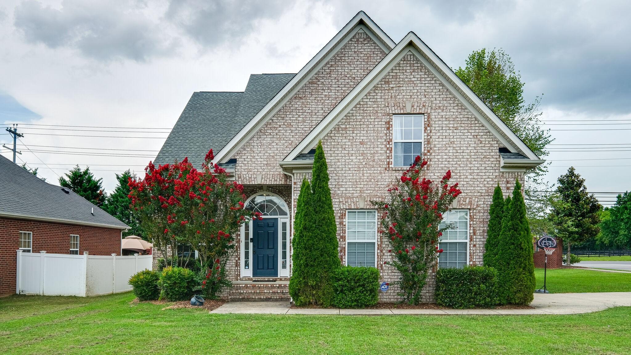 3004 Shady Glen Cir Property Photo - Murfreesboro, TN real estate listing