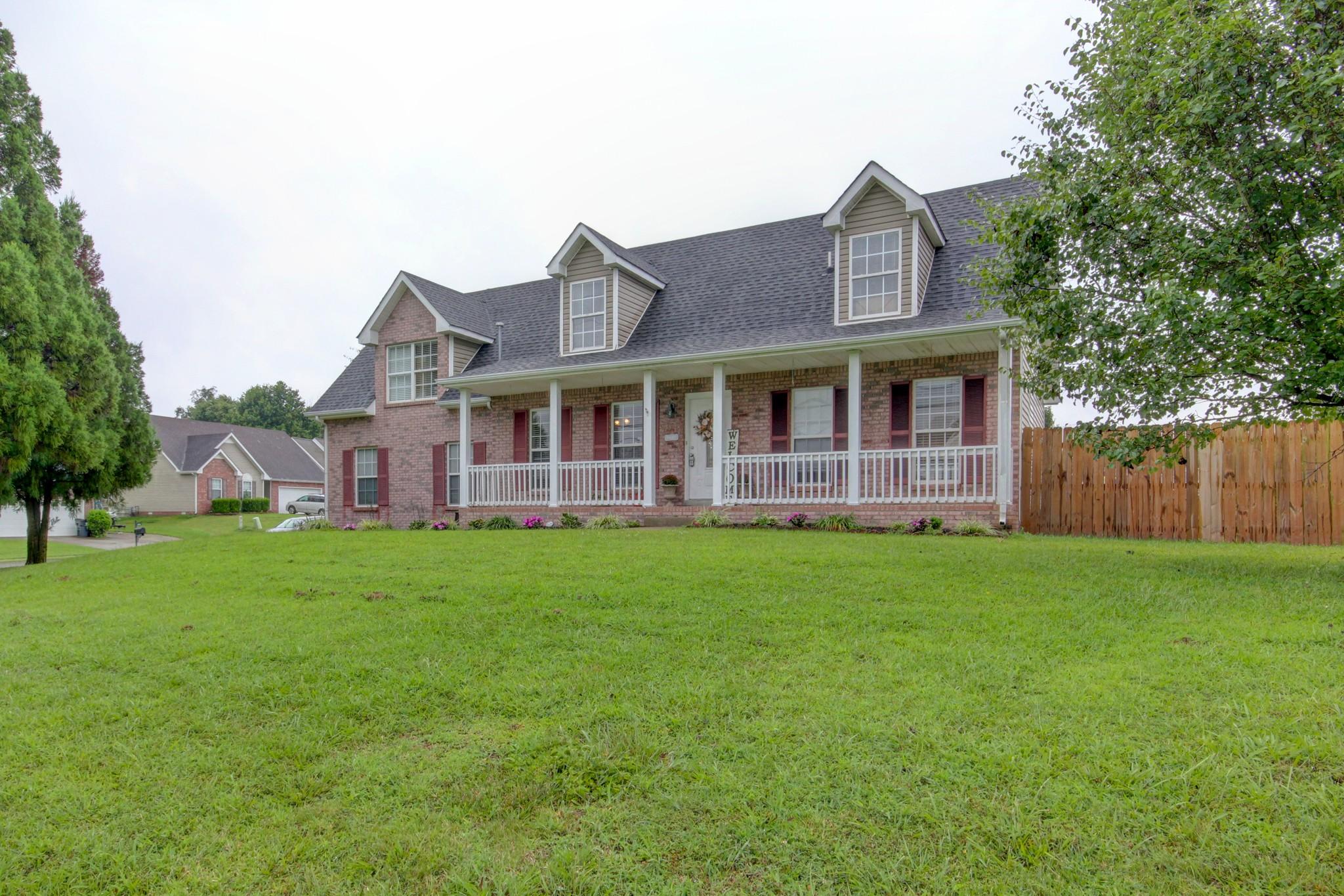 1700 Cedar Springs Cir Property Photo - Clarksville, TN real estate listing