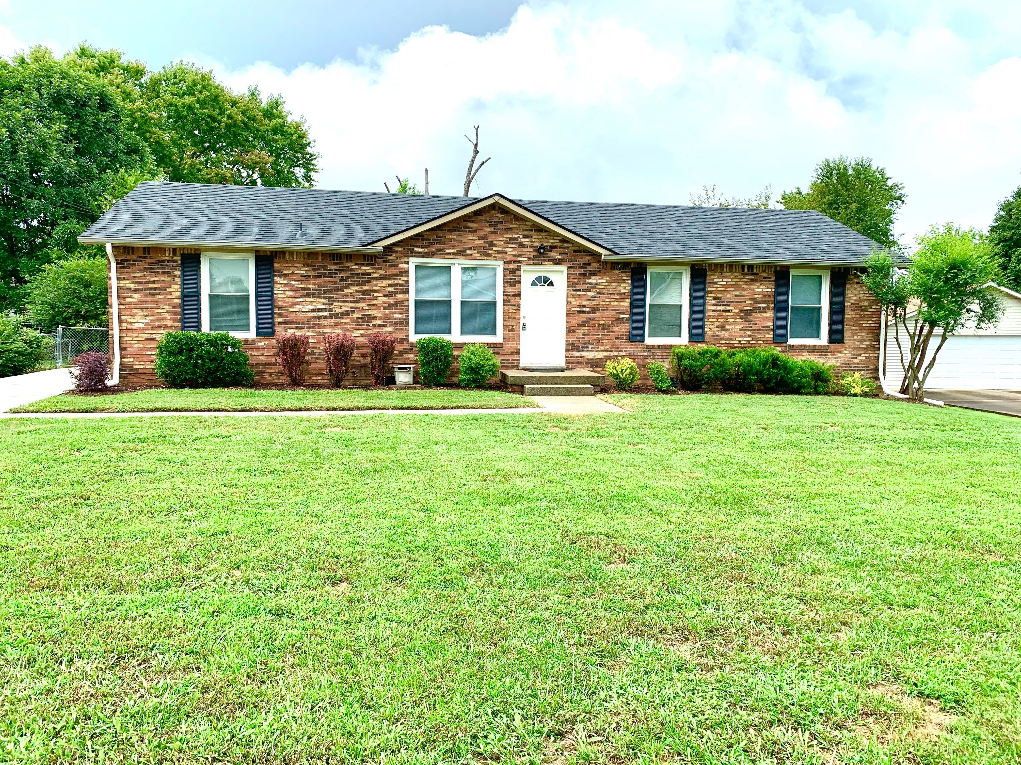 3396 Minor Dr Property Photo - Clarksville, TN real estate listing