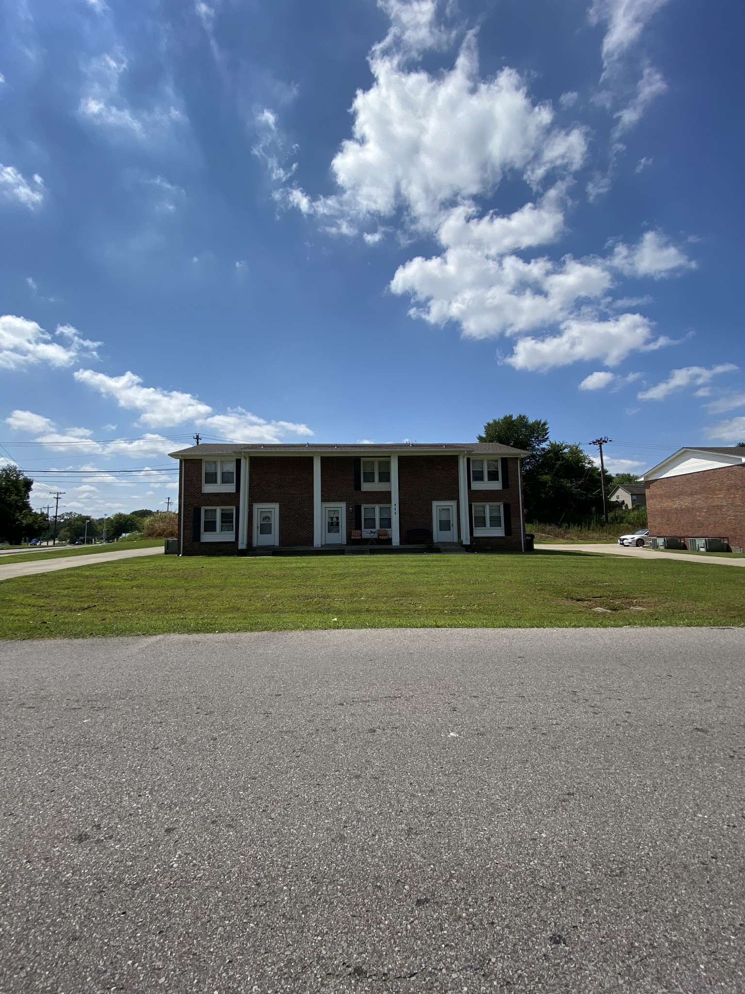 219 Taft Dr Property Photo - Clarksville, TN real estate listing