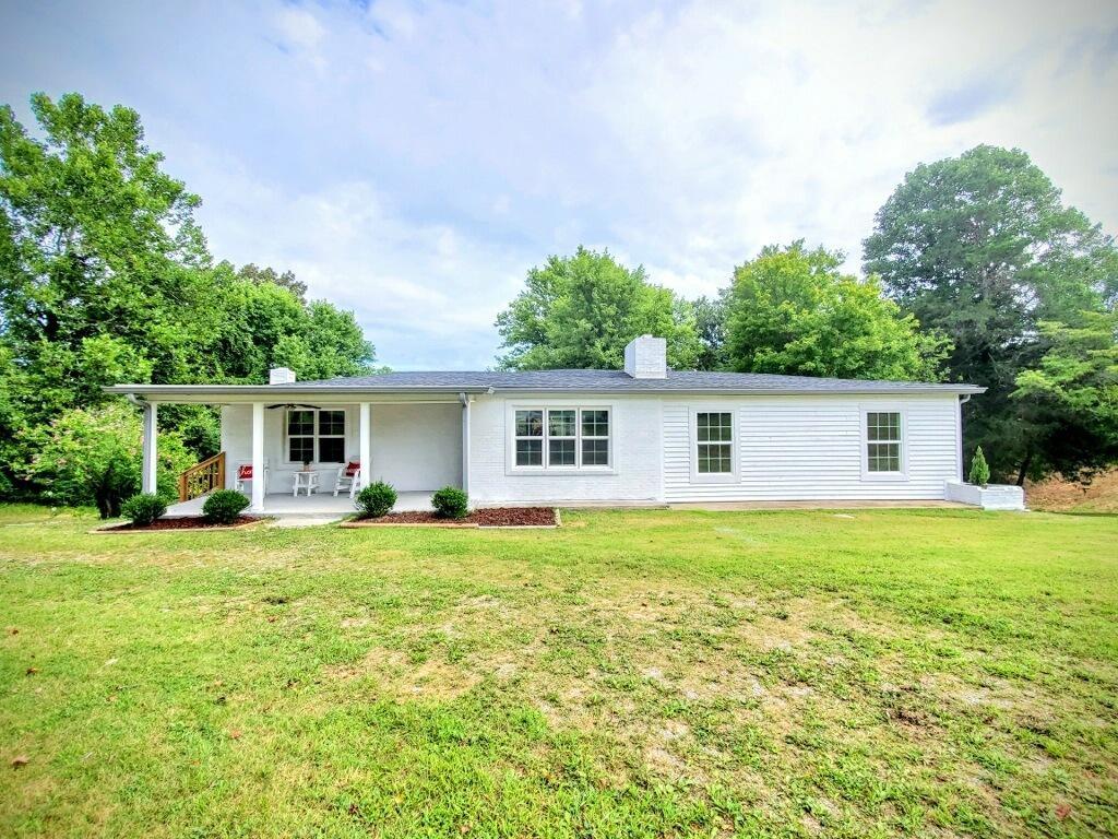 1001 Shelton Rd Property Photo - Charlotte, TN real estate listing