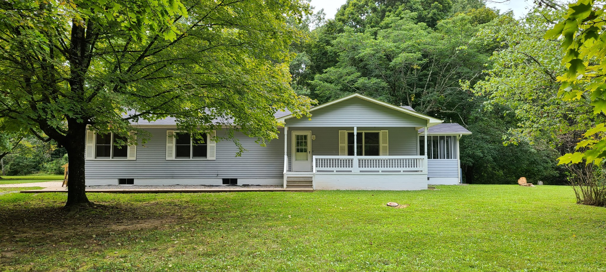 937 Colony Rd Property Photo - Coalmont, TN real estate listing