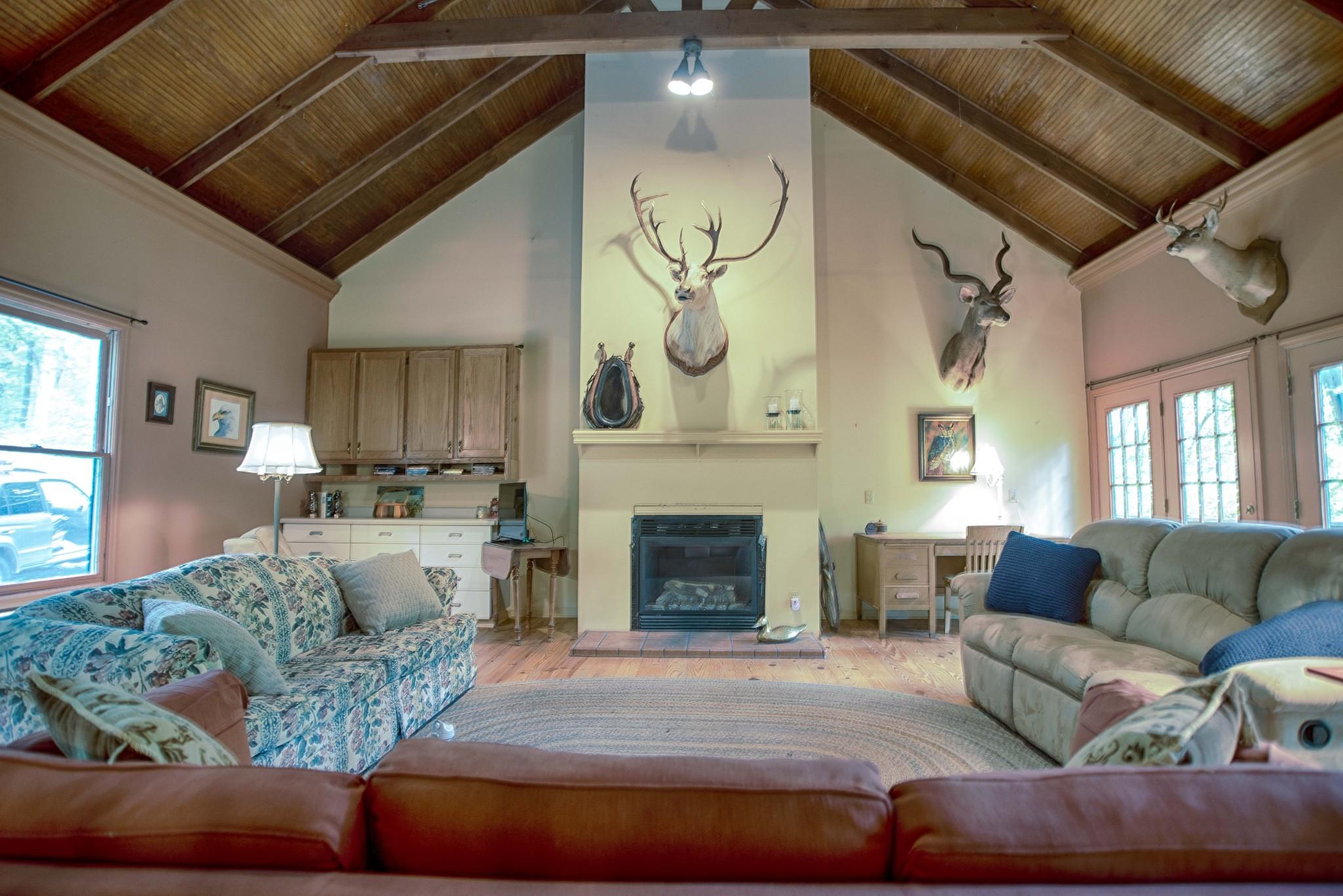 289 Farmington Trce Property Photo - Normandy, TN real estate listing