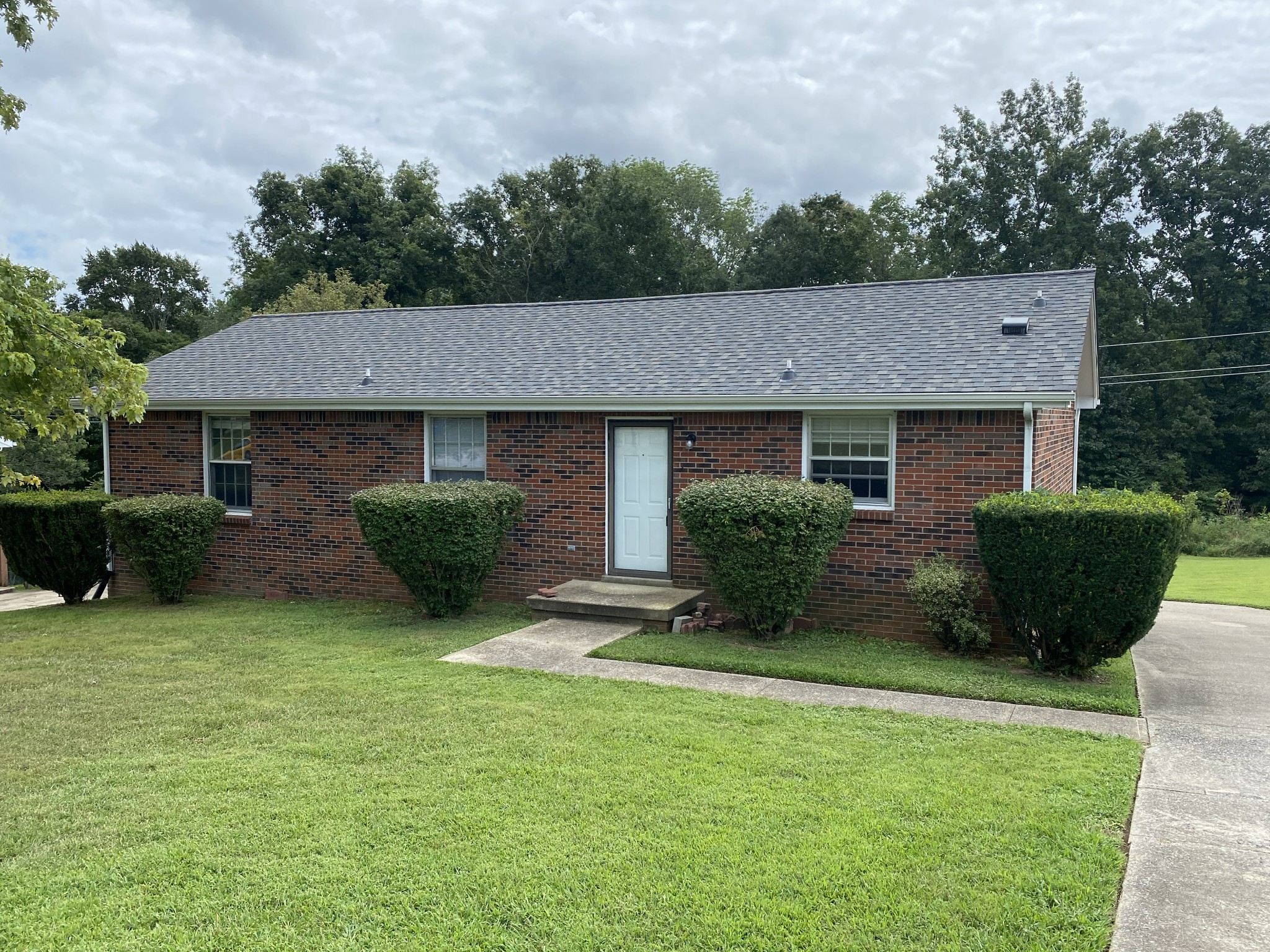 720 Overton Dr Property Photo - Clarksville, TN real estate listing