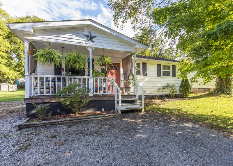 1708 Evelyn Ave Property Photo