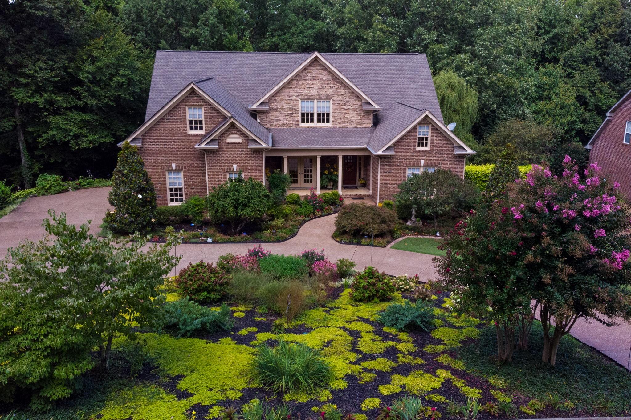 529 Strudwick Dr Property Photo - Goodlettsville, TN real estate listing