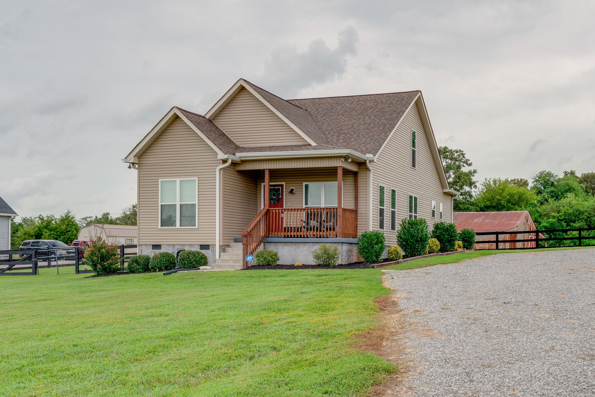 3232 Highway 76 Property Photo - Cottontown, TN real estate listing