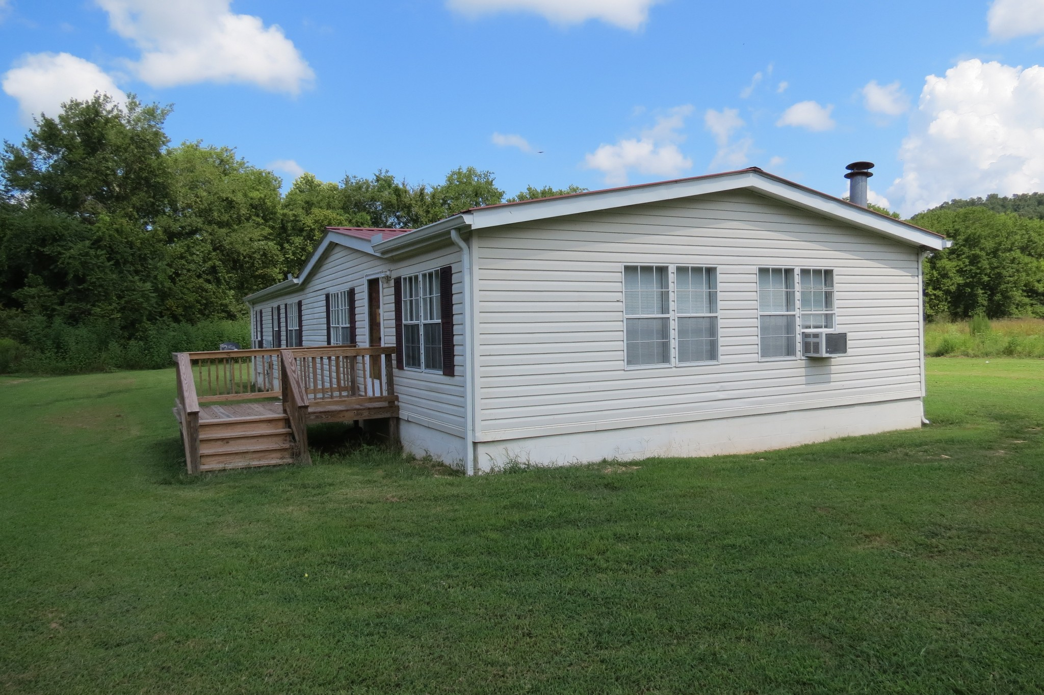 25 Cardinal Rd Property Photo - Linden, TN real estate listing