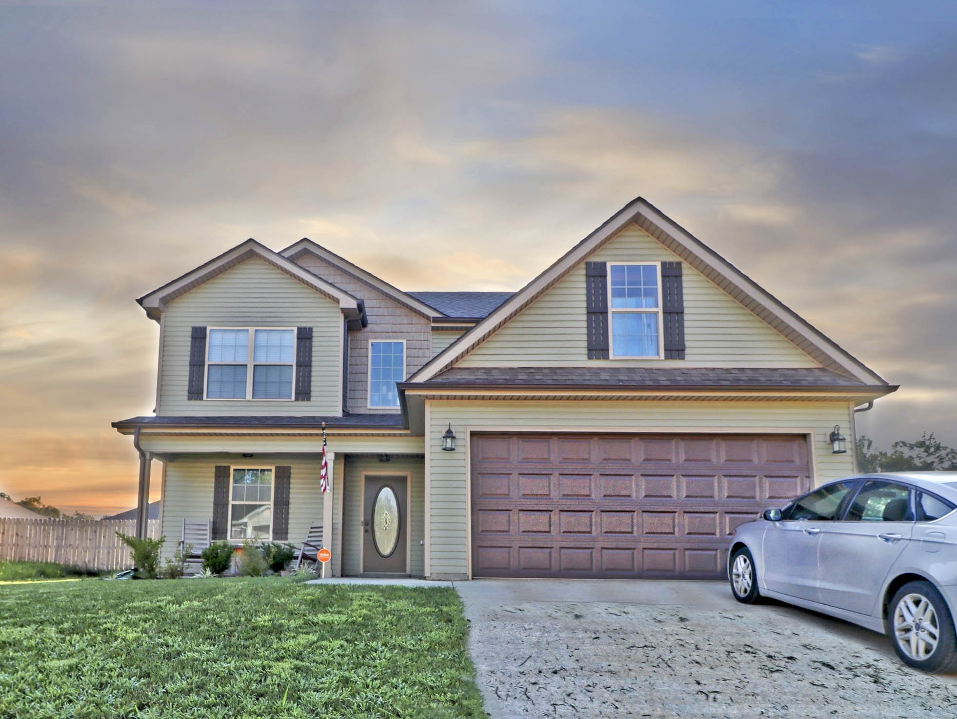 1655 Parkside Drive Property Photo - Clarksville, TN real estate listing