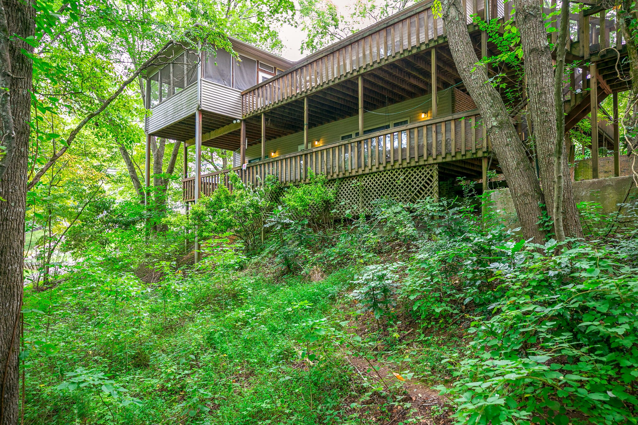 1594 Damron Rd Property Photo - Estill Springs, TN real estate listing
