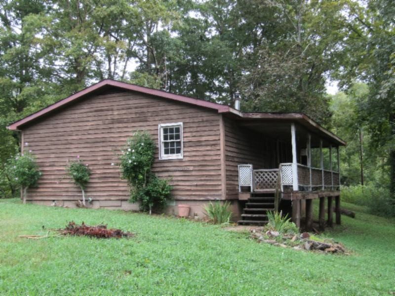 7213 Wet Mill Creek Rd Property Photo - Celina, TN real estate listing