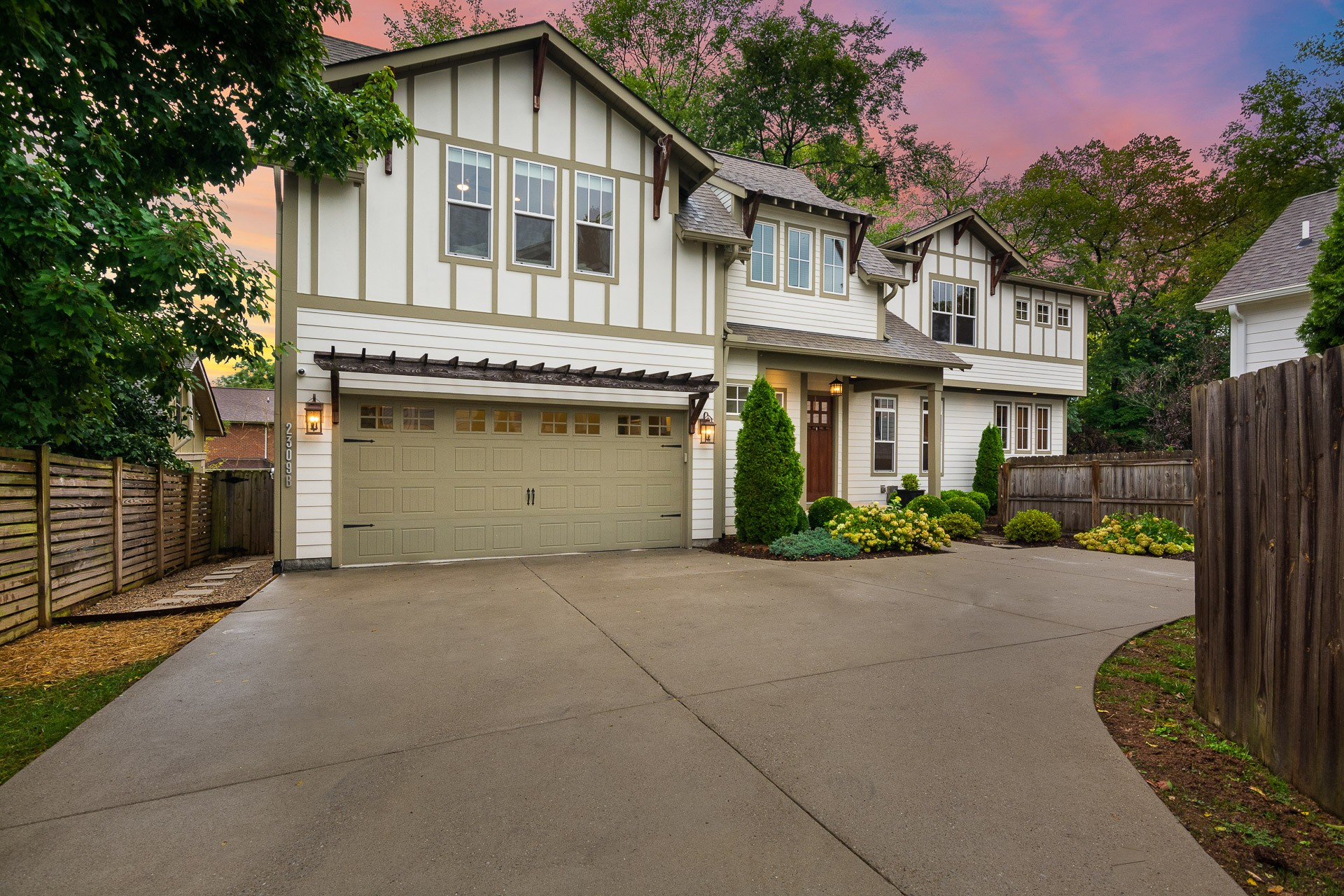 2309B Knowles Avenue Property Photo - Nashville, TN real estate listing