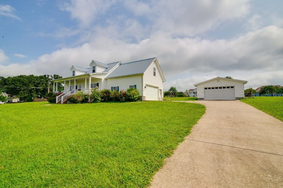 17001 Pond Circle Property Photo - Bon Aqua, TN real estate listing
