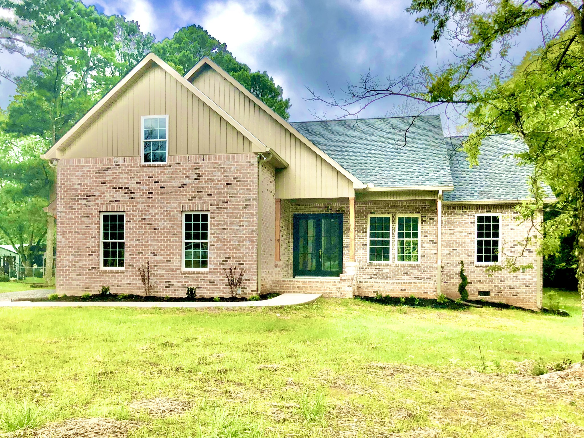 412 Vine St S Property Photo - Wartrace, TN real estate listing