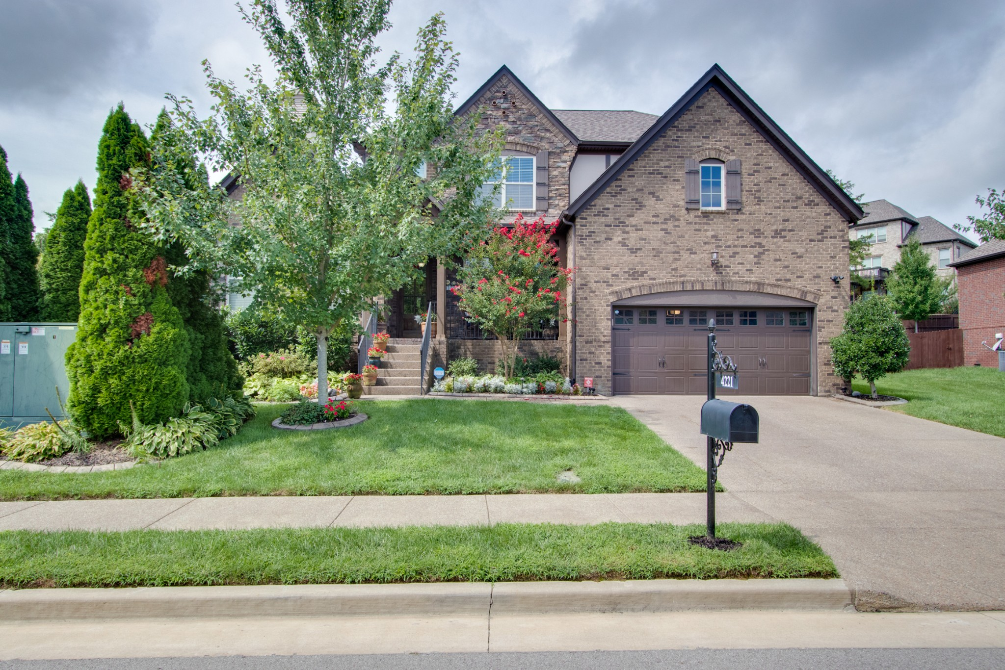 4221 Stone Hall Blvd Property Photo - Hermitage, TN real estate listing