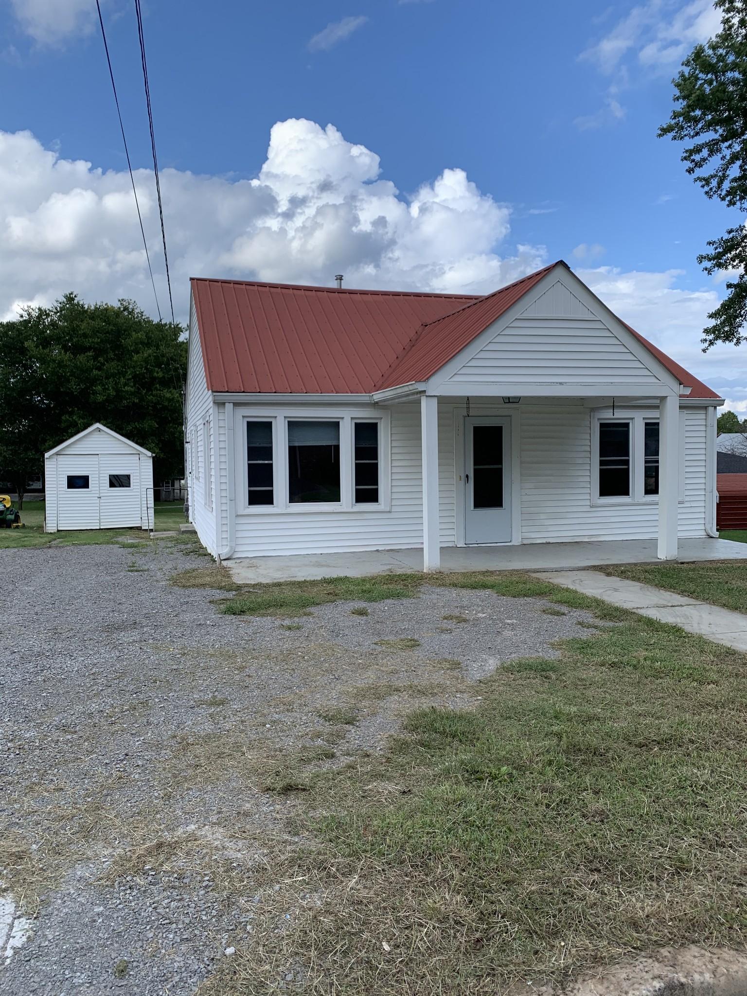 202 Locust St Property Photo - Alexandria, TN real estate listing