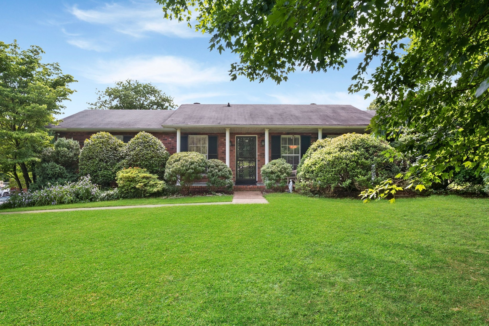 3123 McGavock Pike Property Photo - Nashville, TN real estate listing