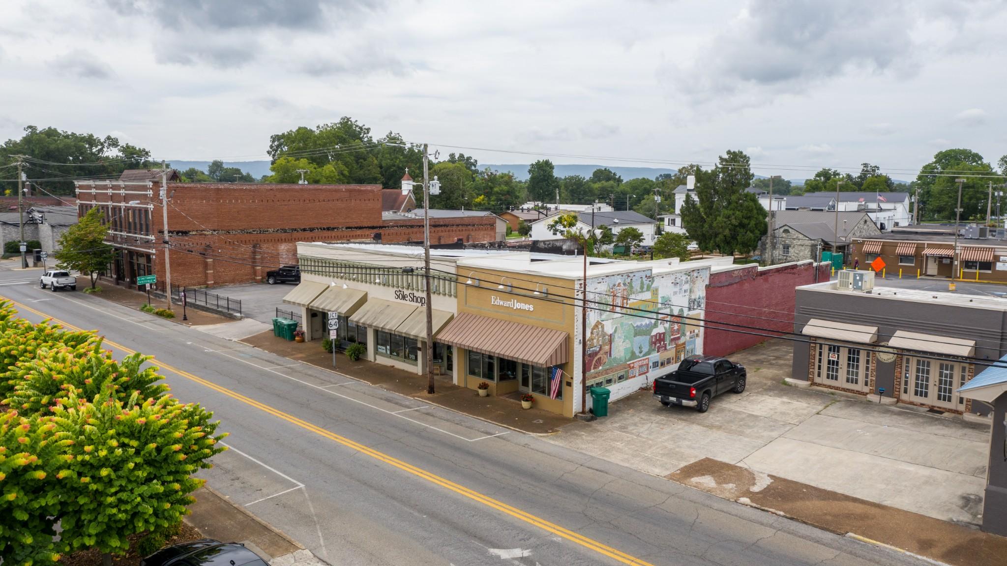 115 N High St Property Photo
