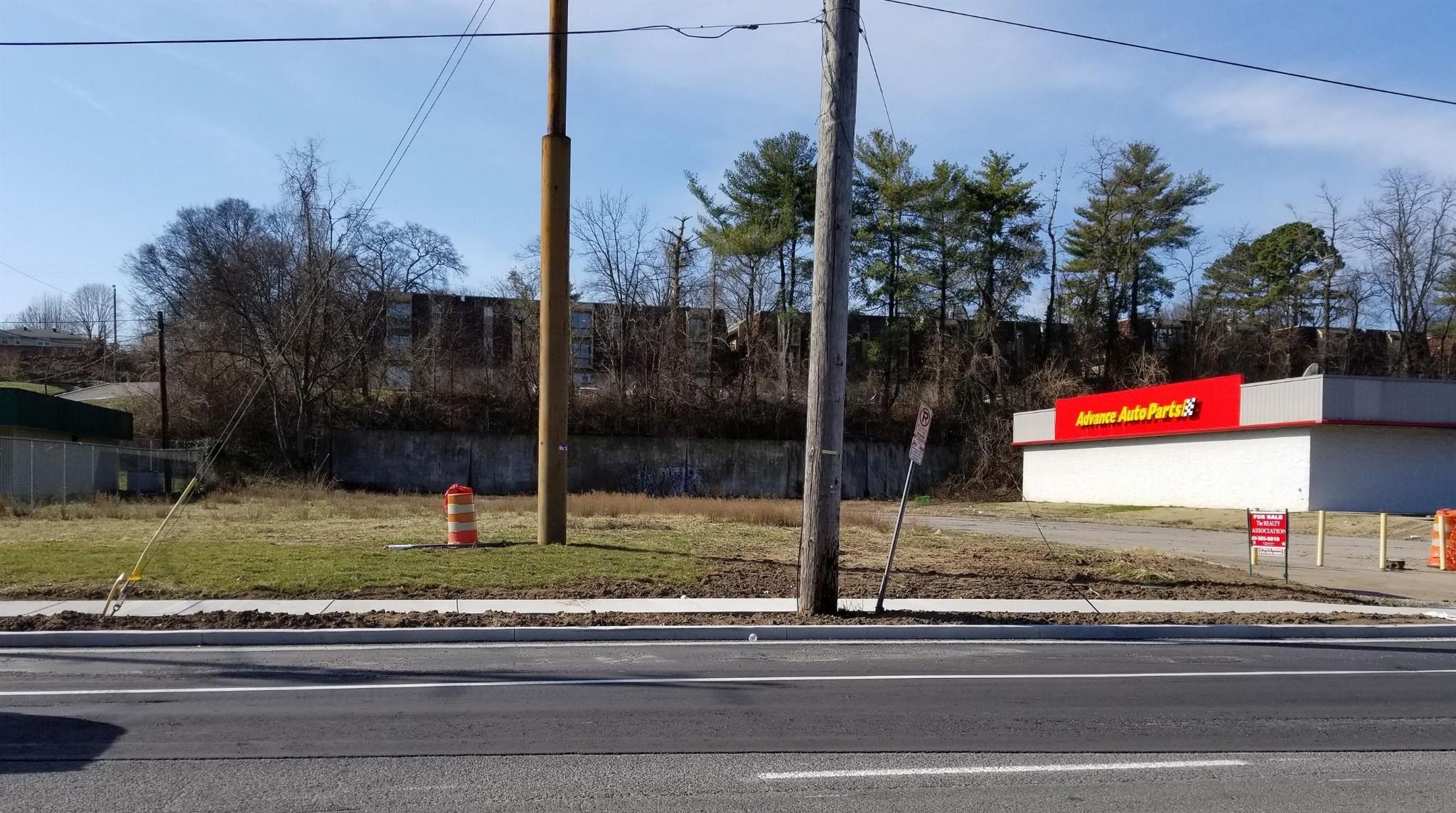 1183 Murfreesboro Pike Property Photo - Nashville, TN real estate listing