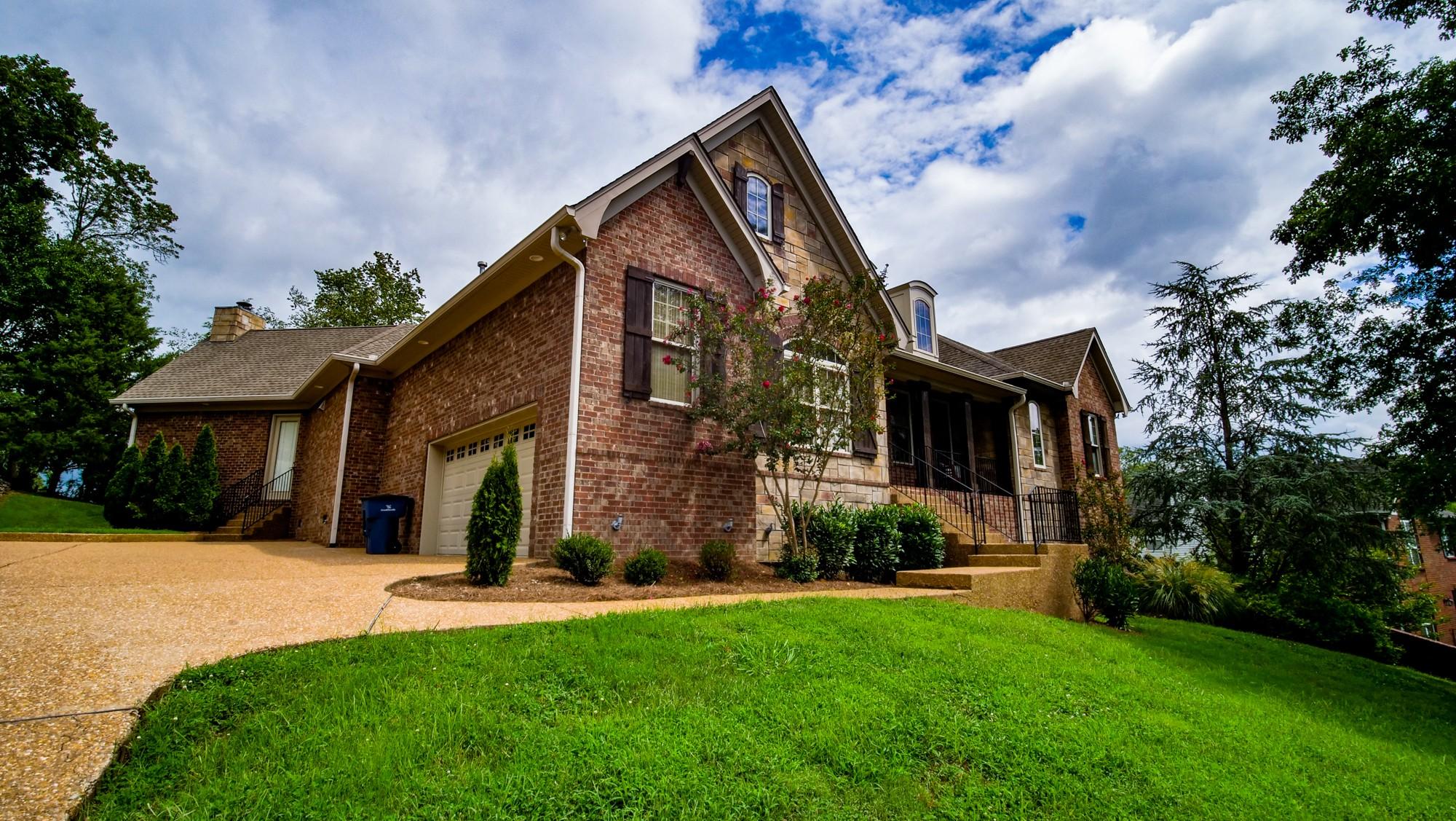 505 Salt Lick Trl Property Photo - Goodlettsville, TN real estate listing
