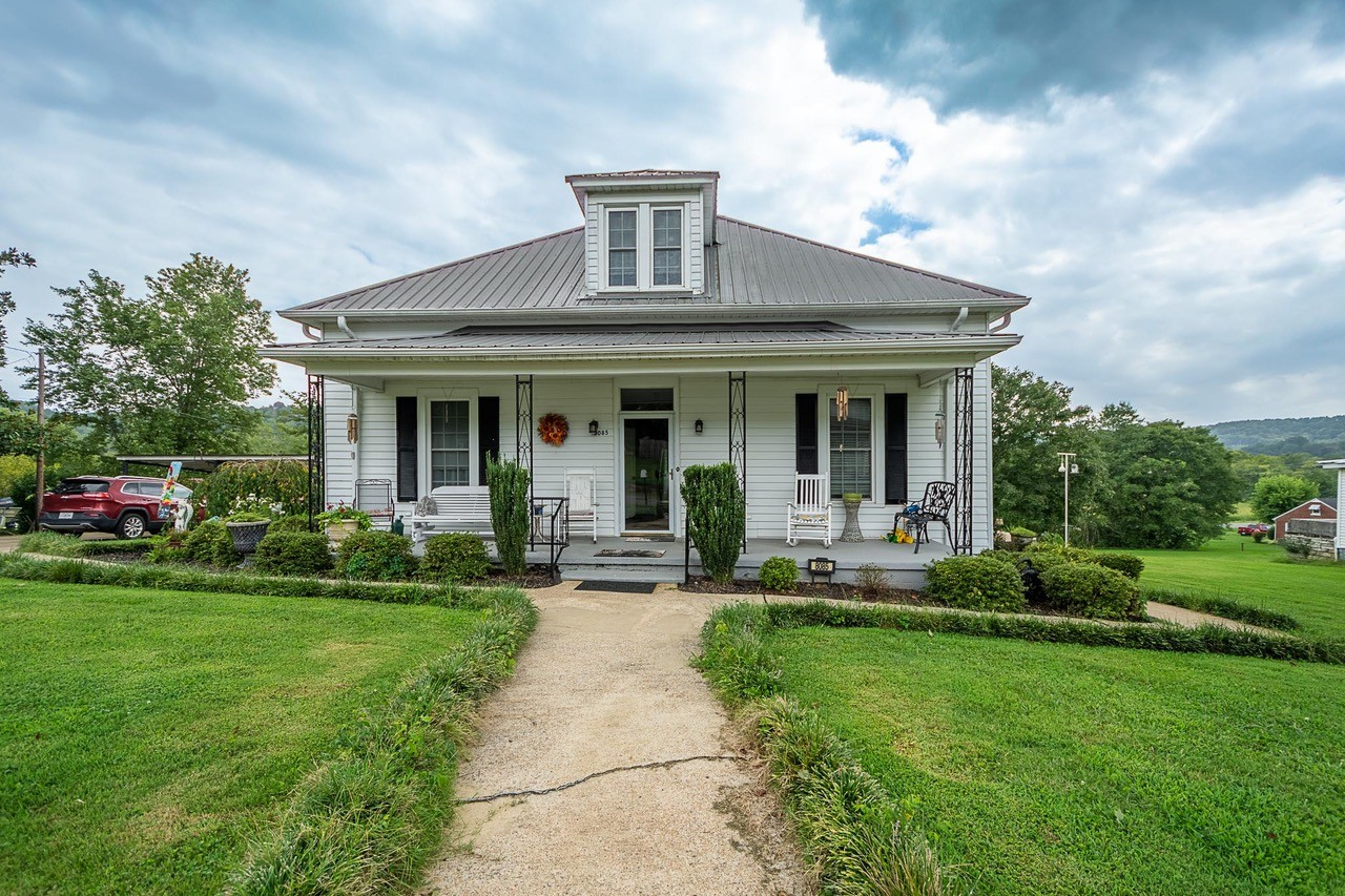 8085 Beech Hill Rd E Property Photo - Frankewing, TN real estate listing