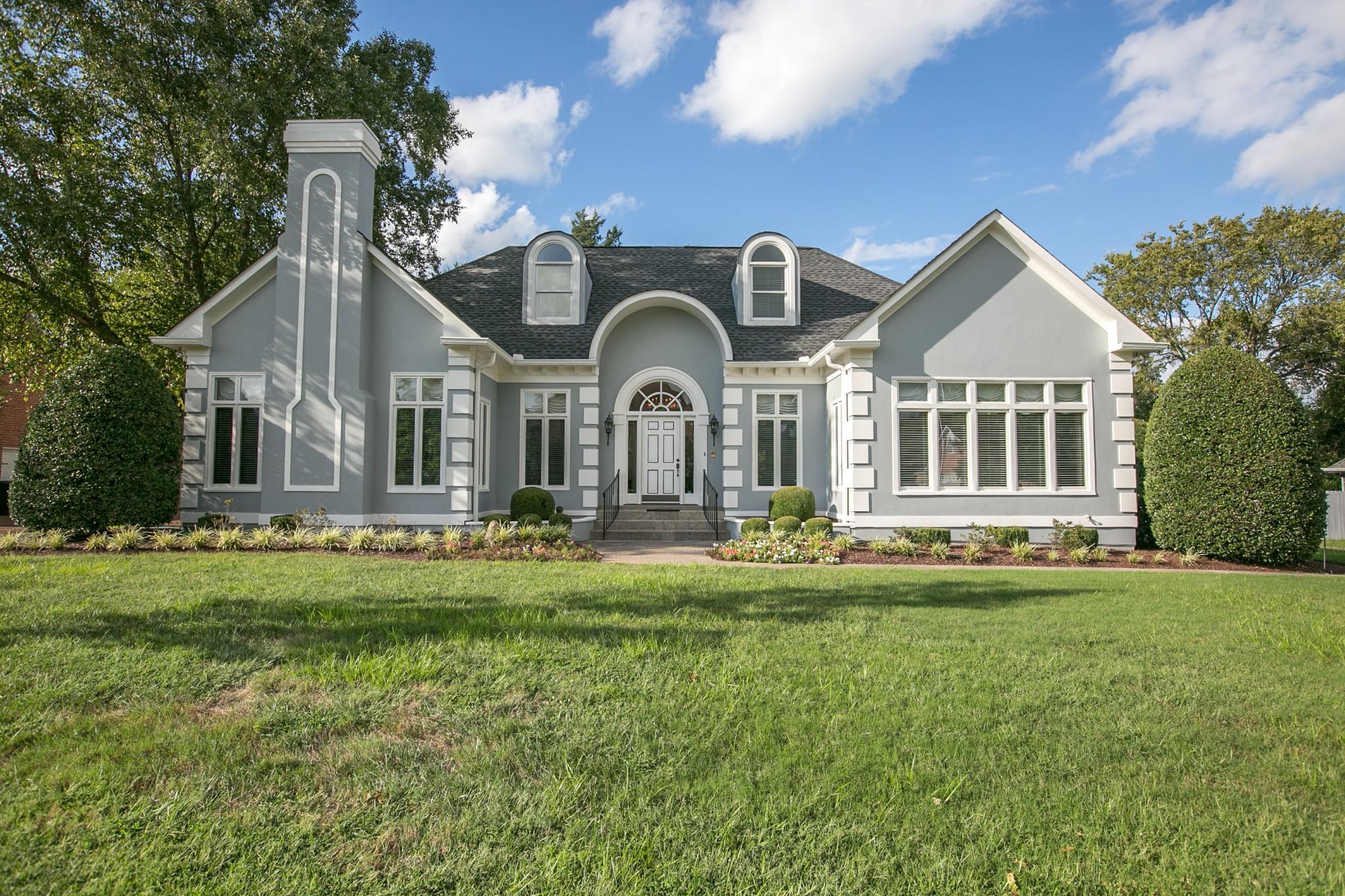 3118 Saint Johns Dr Property Photo - Murfreesboro, TN real estate listing