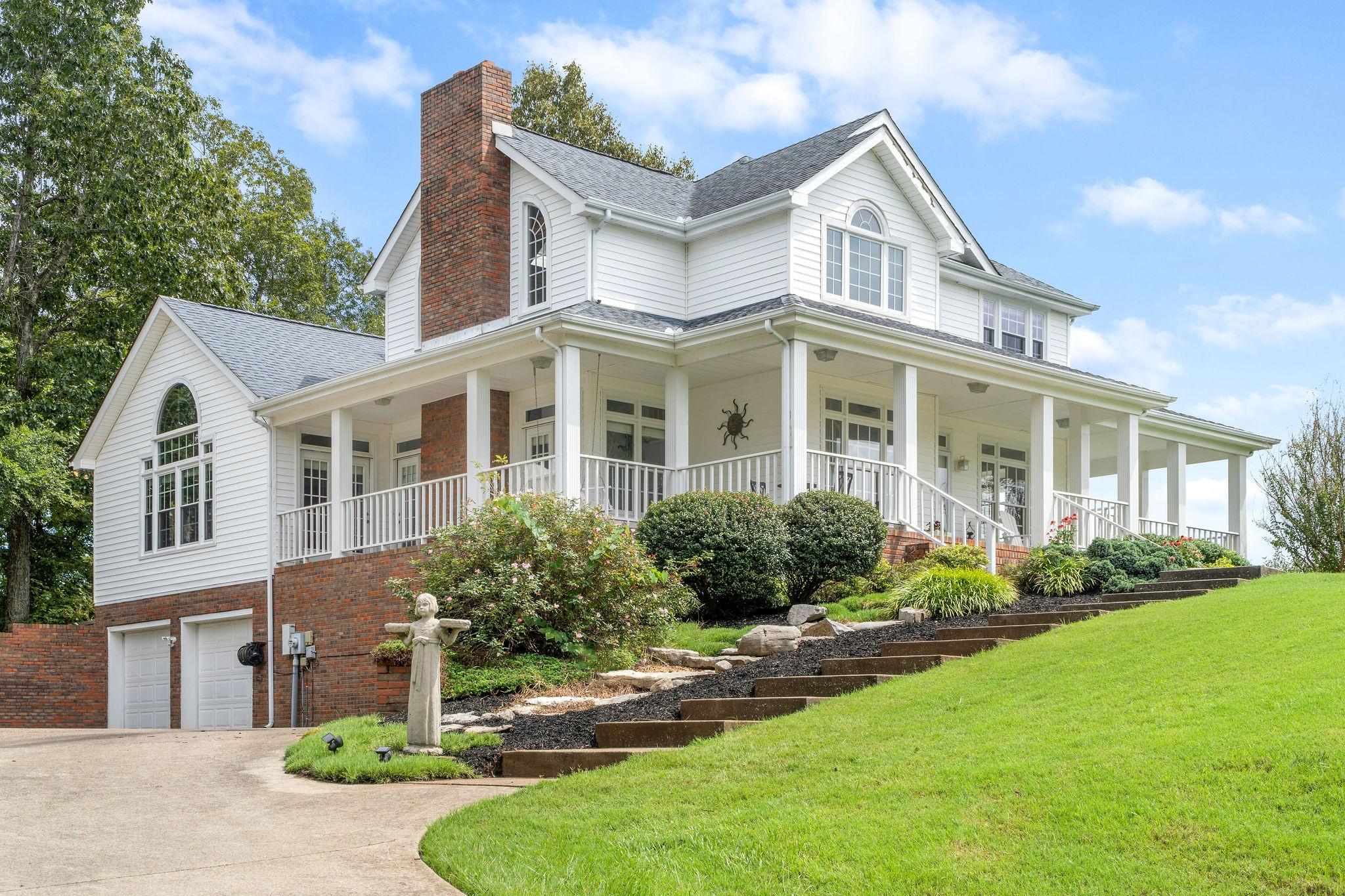 1737 Riverhaven Dr Property Photo - Adams, TN real estate listing