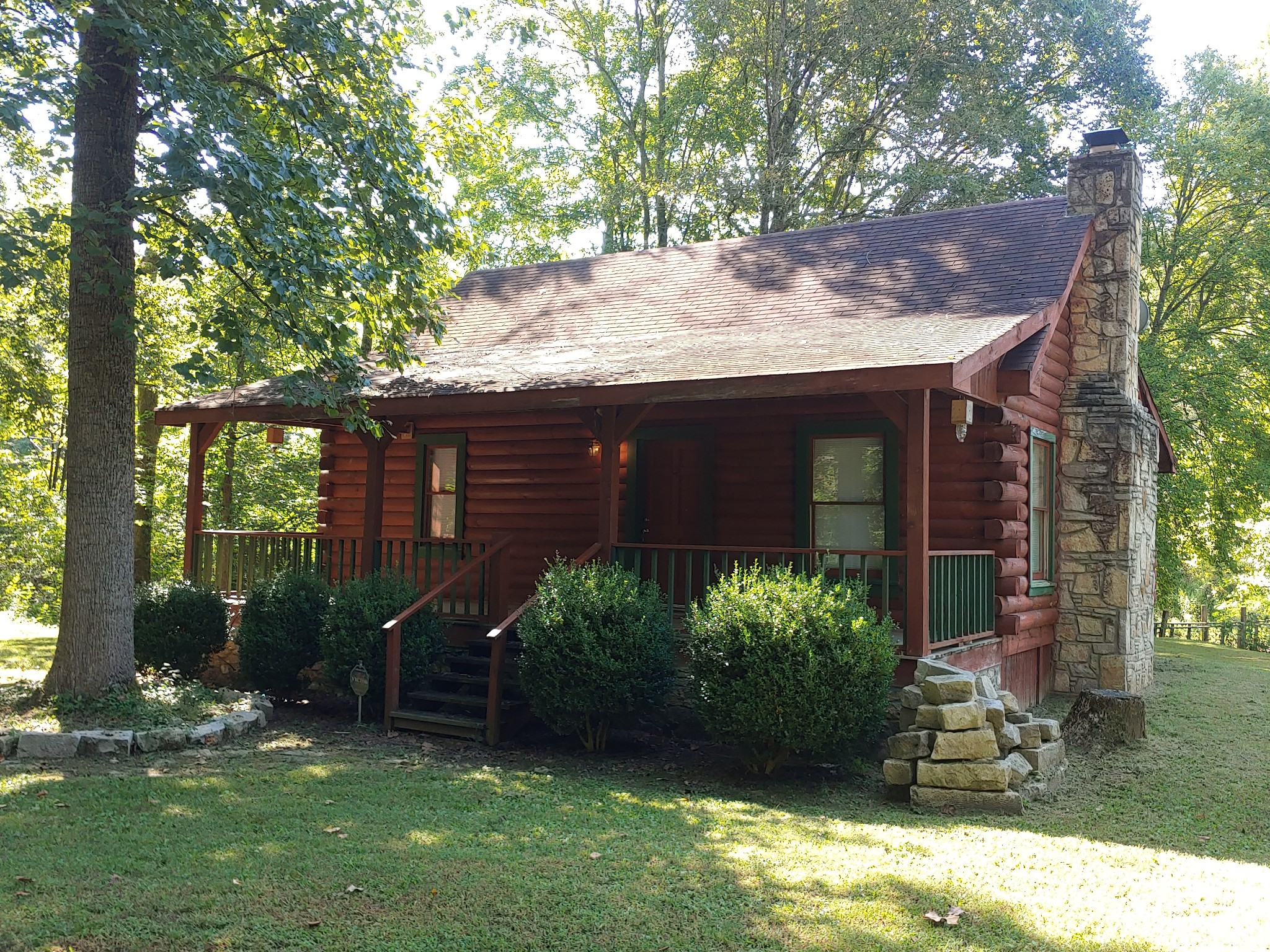 927 Lewis Branch Rd Property Photo - Tennessee Ridge, TN real estate listing