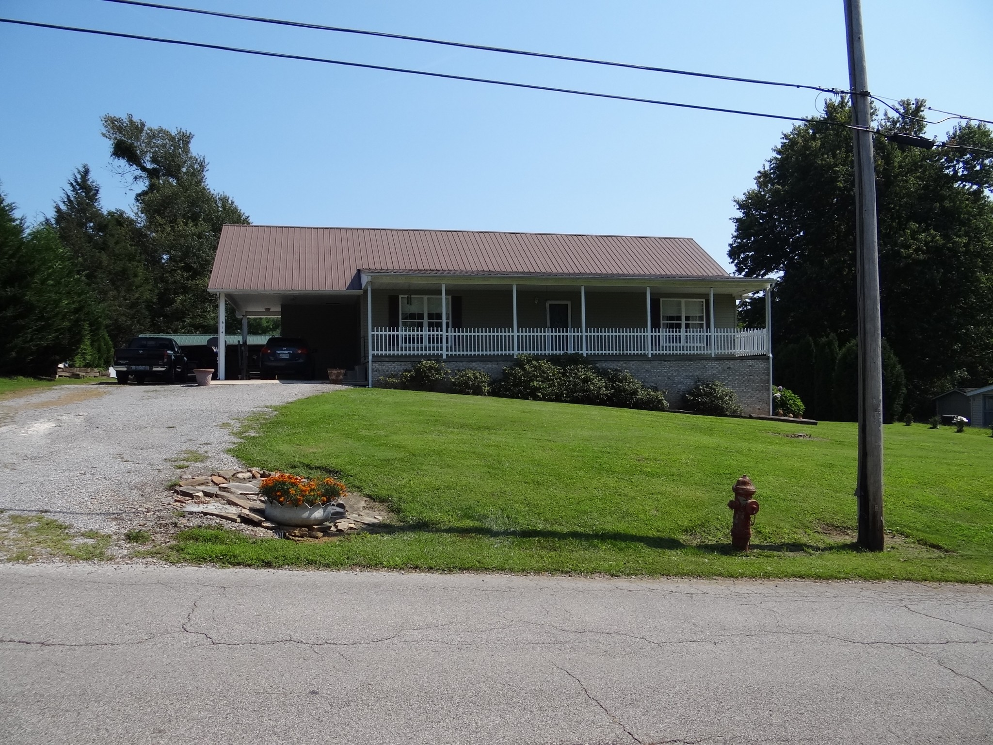 614 S Poplar St Property Photo - Monterey, TN real estate listing
