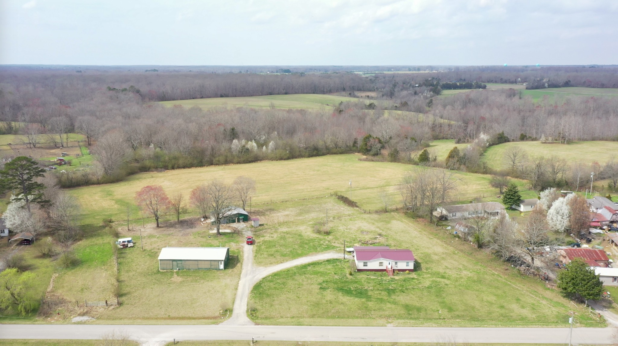 1328 Pleasant Grove Rd Property Photo - Estill Springs, TN real estate listing