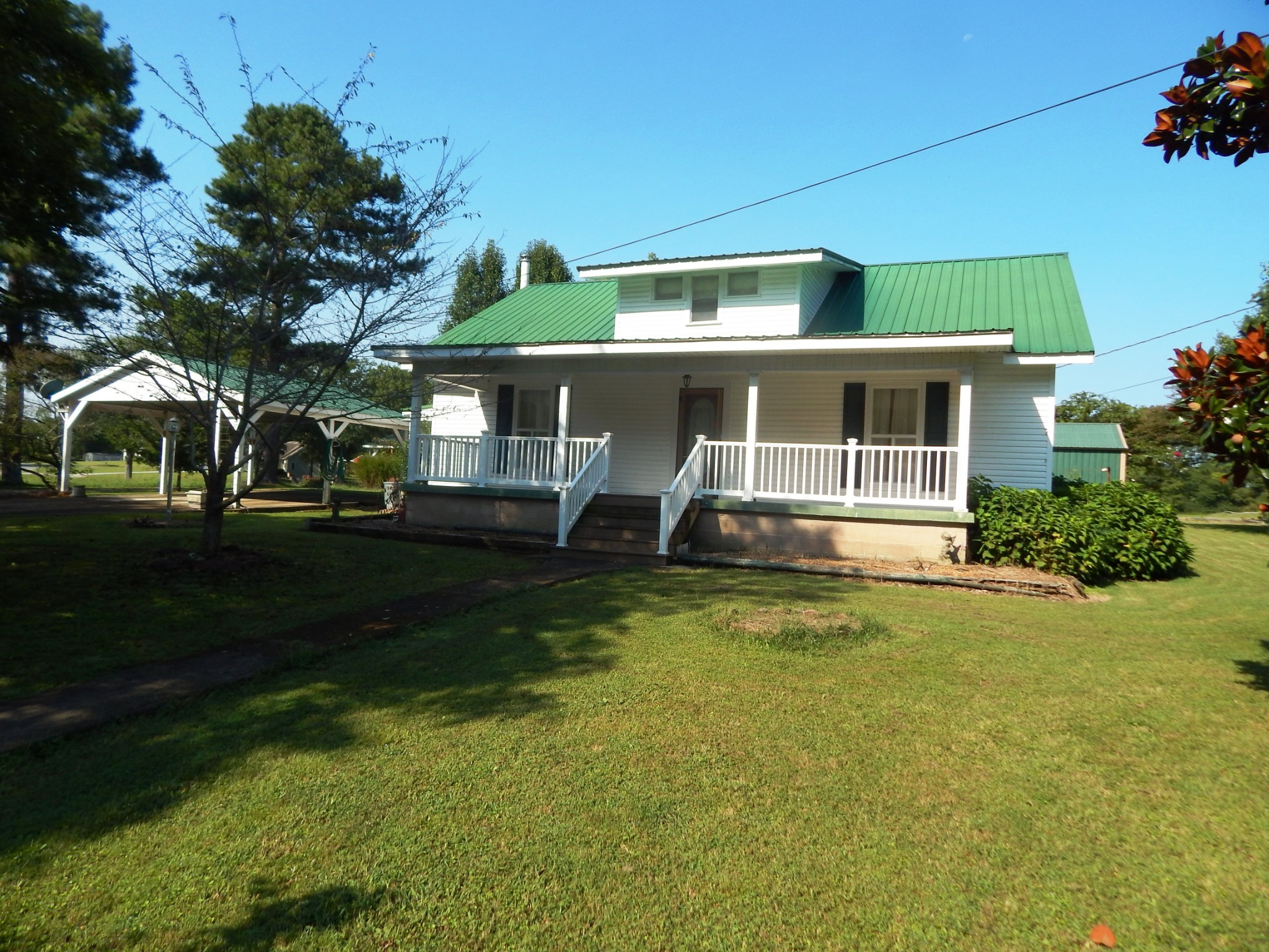 169 Hickman Rd Property Photo - New Johnsonville, TN real estate listing