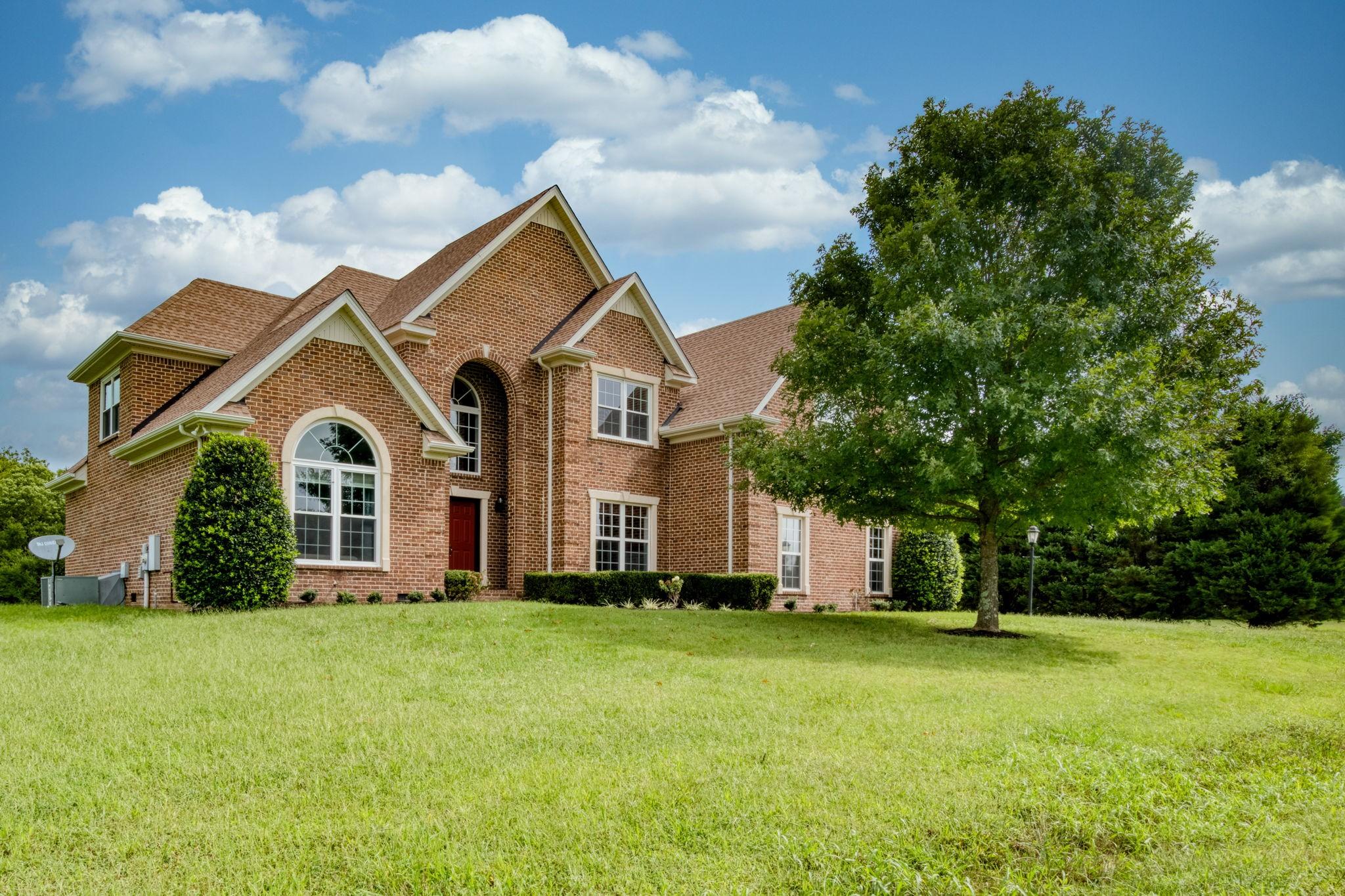 1236 Paramount Dr Property Photo - Rockvale, TN real estate listing