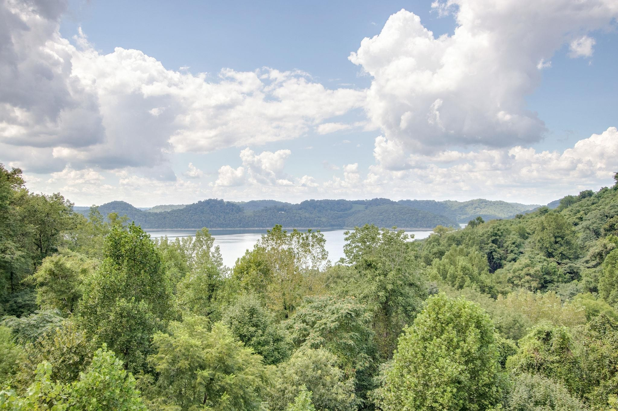 320 Floating Mill Rd Property Photo - Silver Point, TN real estate listing