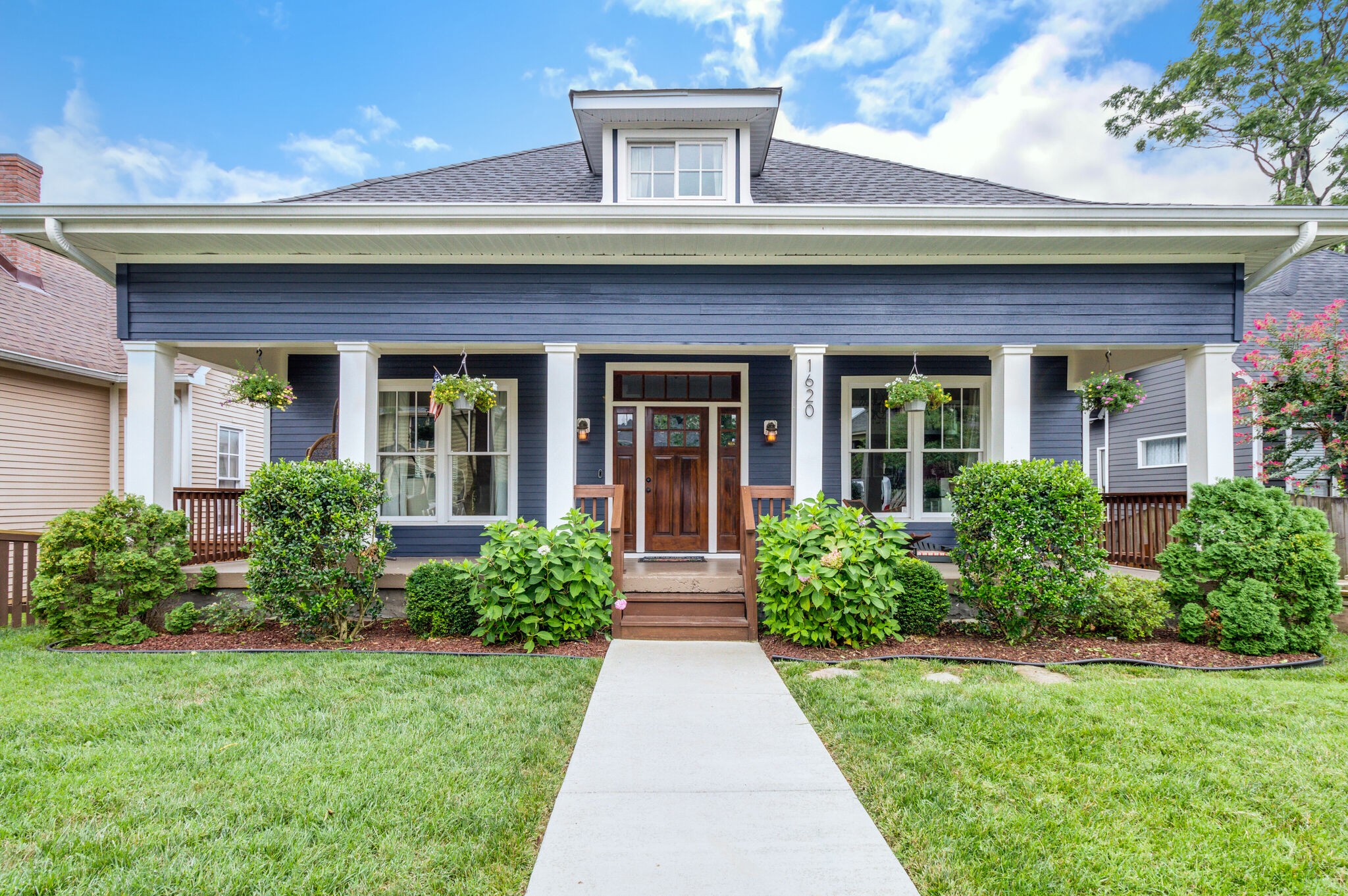 1620 Russell St Property Photo - Nashville, TN real estate listing