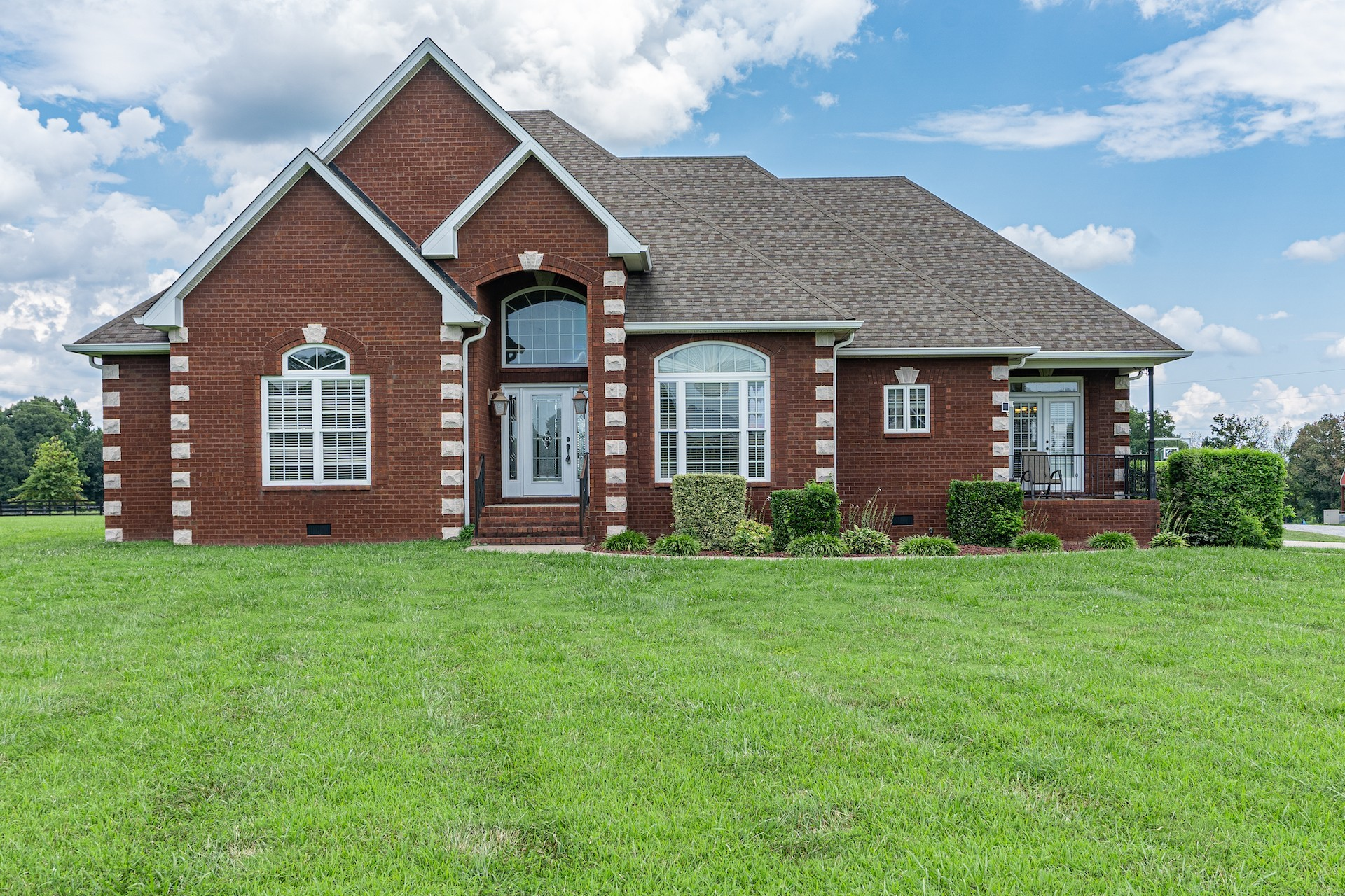 302 Lee Rd Property Photo - Cottontown, TN real estate listing
