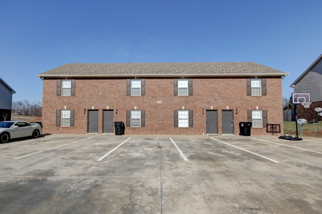 1805 Beckett Dr Property Photo - Clarksville, TN real estate listing