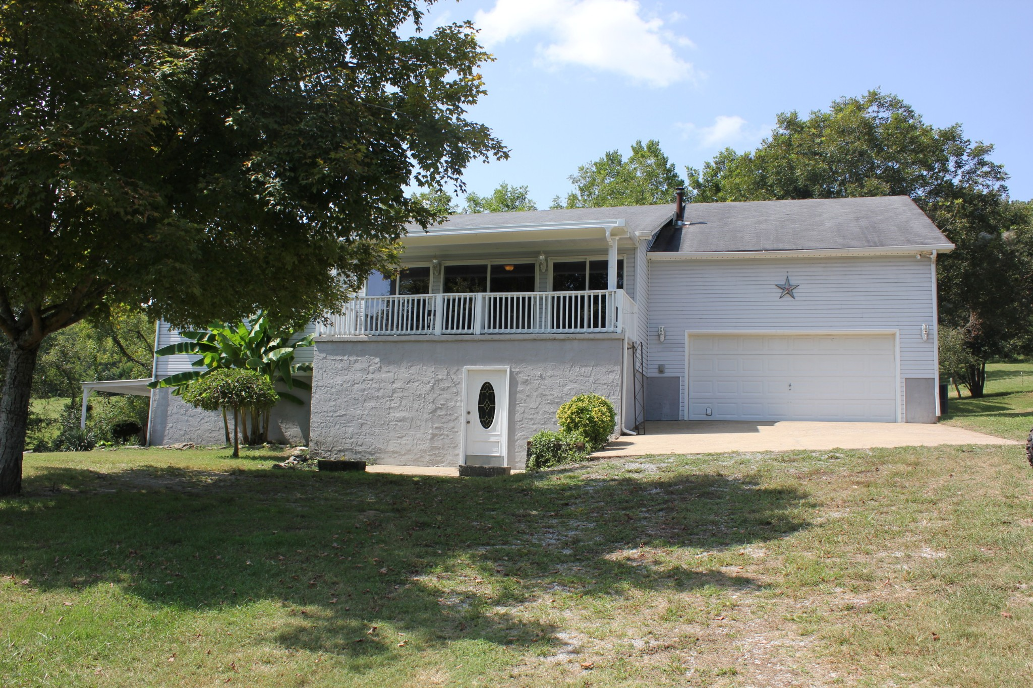 15807 Columbia Hwy Property Photo - Lynnville, TN real estate listing