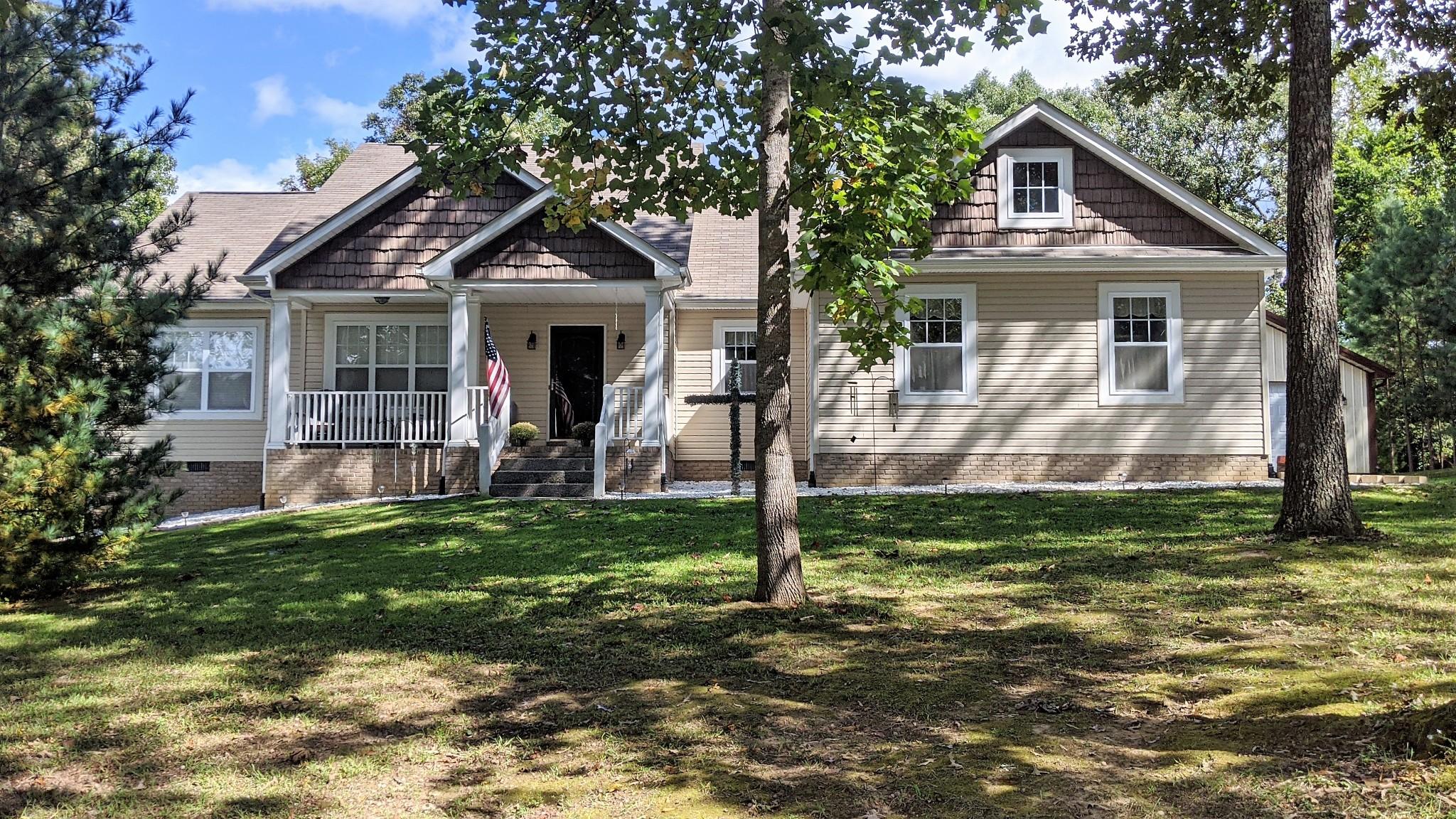 526 Aubrey Ln Property Photo - Burns, TN real estate listing