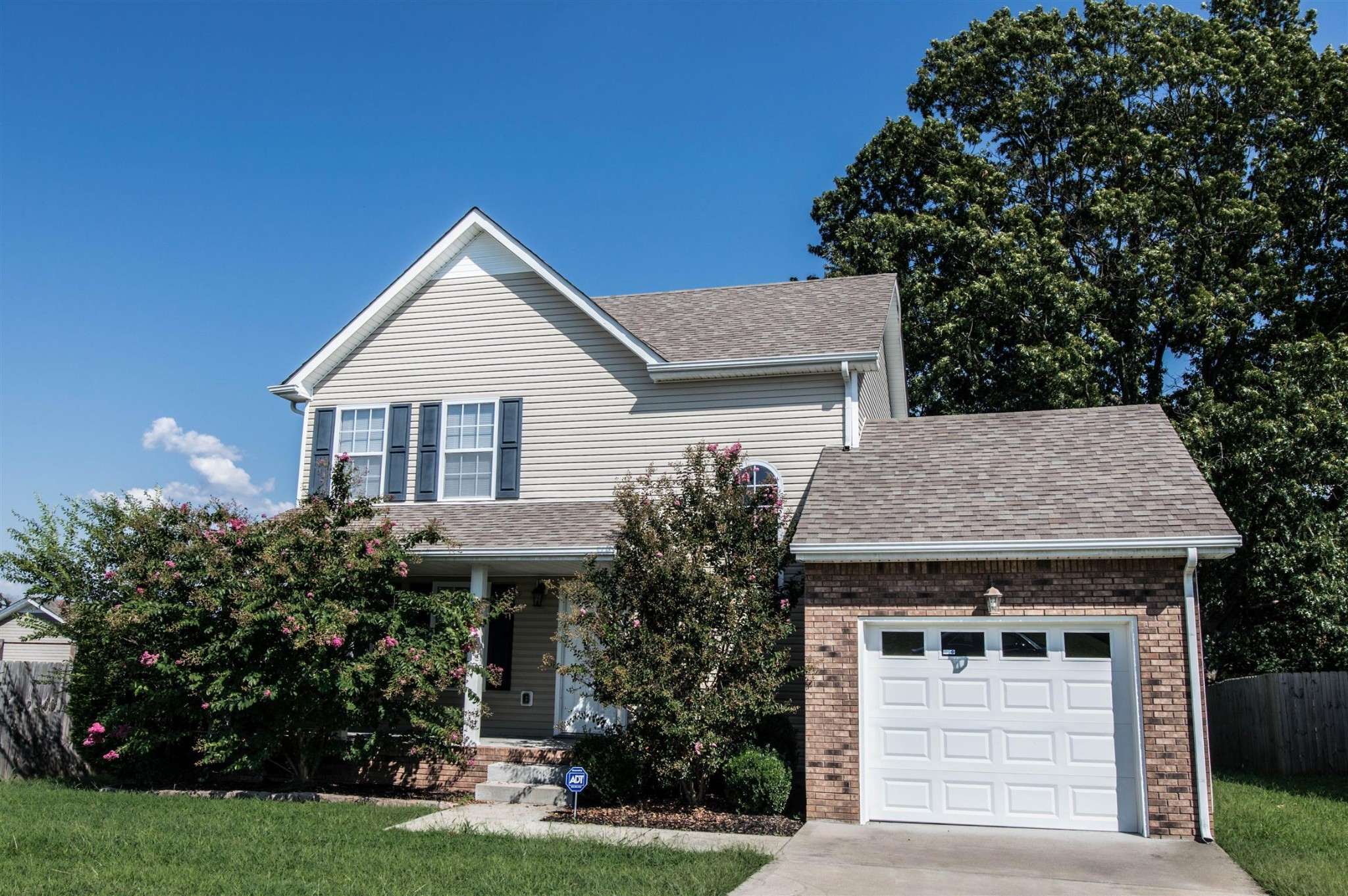 2792 Russet Ridge Dr Property Photo - Clarksville, TN real estate listing