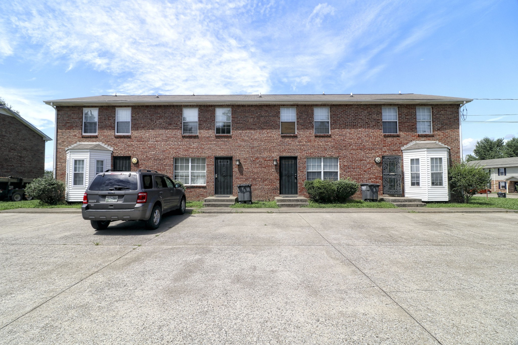 2006 Tynewood Drive Property Photo - Clarksville, TN real estate listing