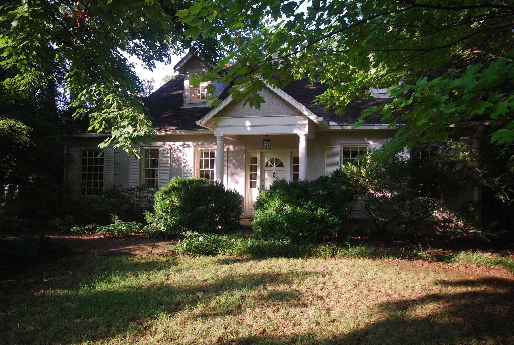 411 W Brookfield Ave Property Photo - Nashville, TN real estate listing