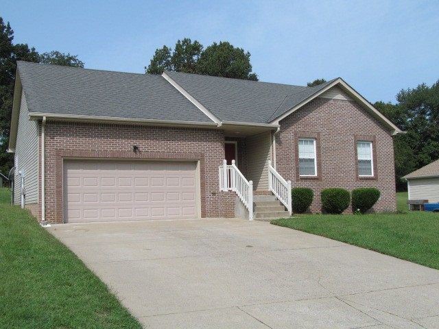 1144 York Meadows Rd Property Photo - Clarksville, TN real estate listing