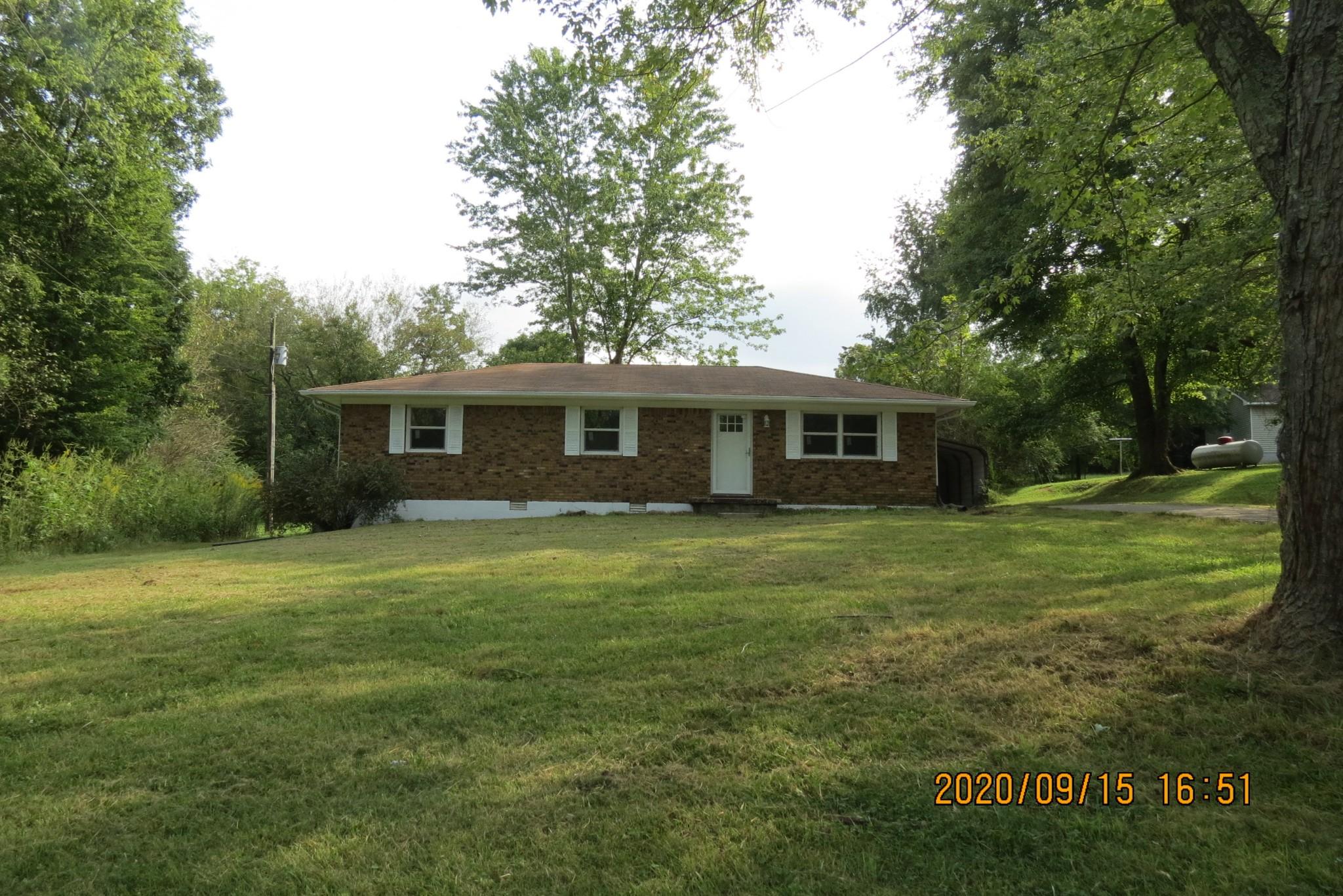 30 Pond St Property Photo - Tennessee Ridge, TN real estate listing