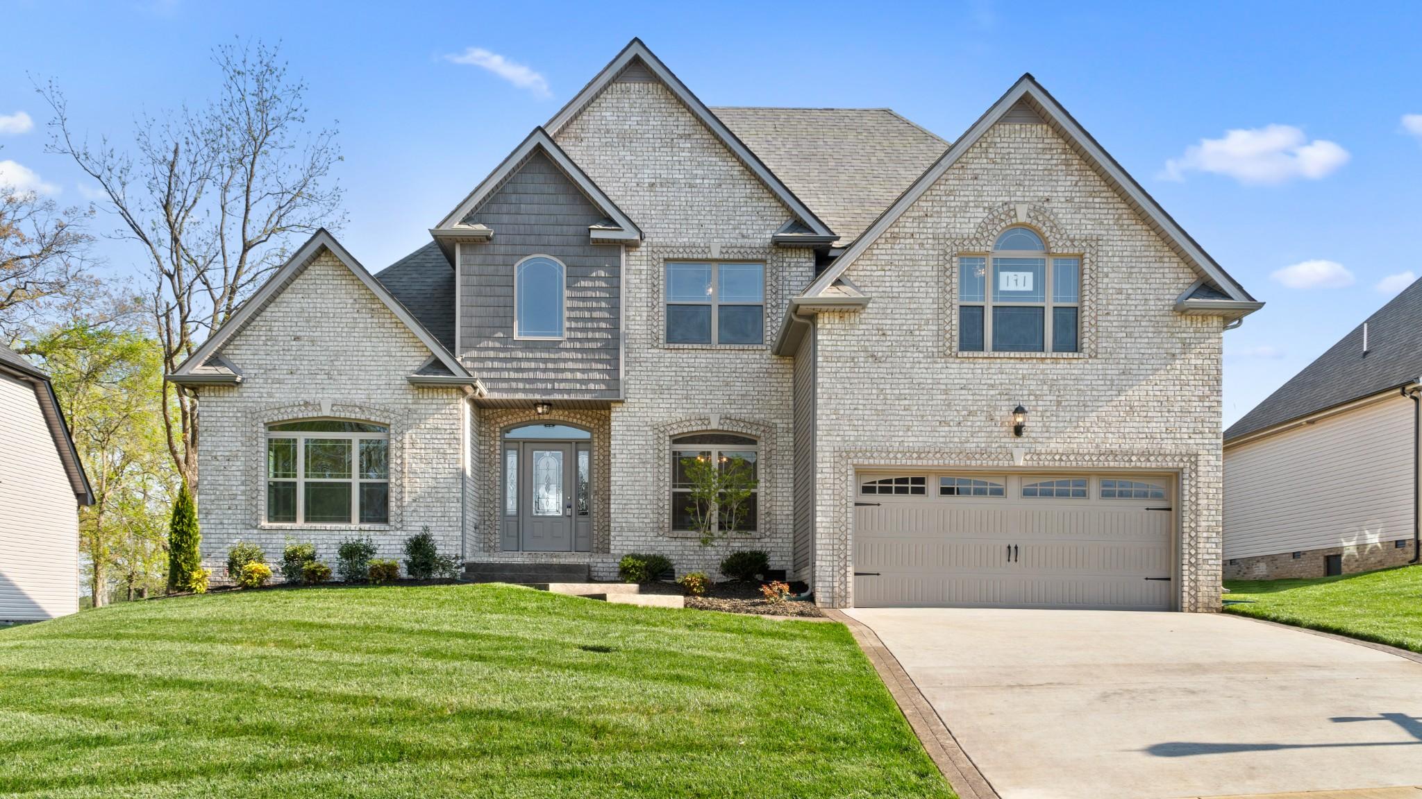 489 Autumnwood Property Photo