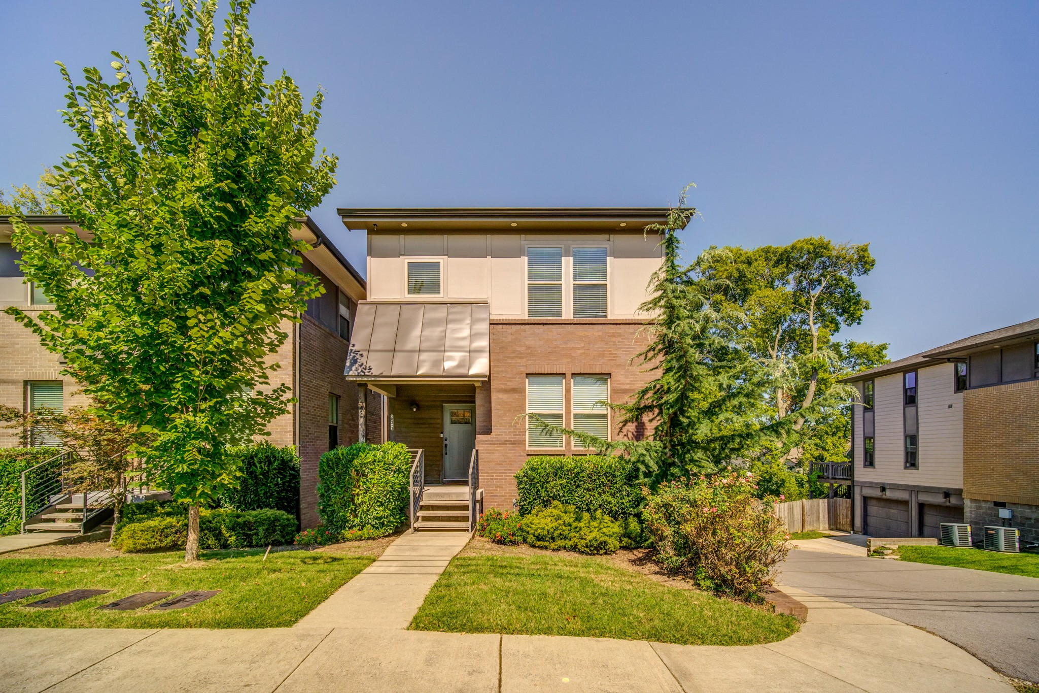 502 Southgate Townhomes Real Estate Listings Main Image